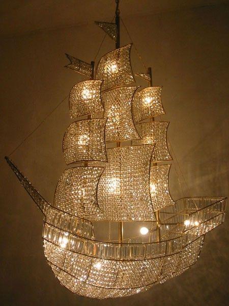 [[Ship chandelier///Lustre navre]]