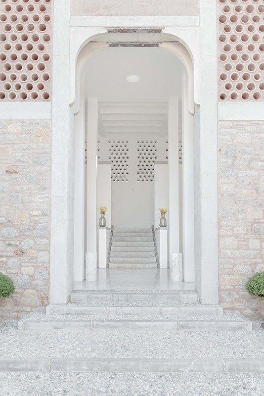 Entrance - Aman Hotel