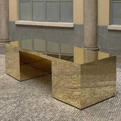 gabriella_crespi_wave_desk_10_quadrata  wave desk.jpg