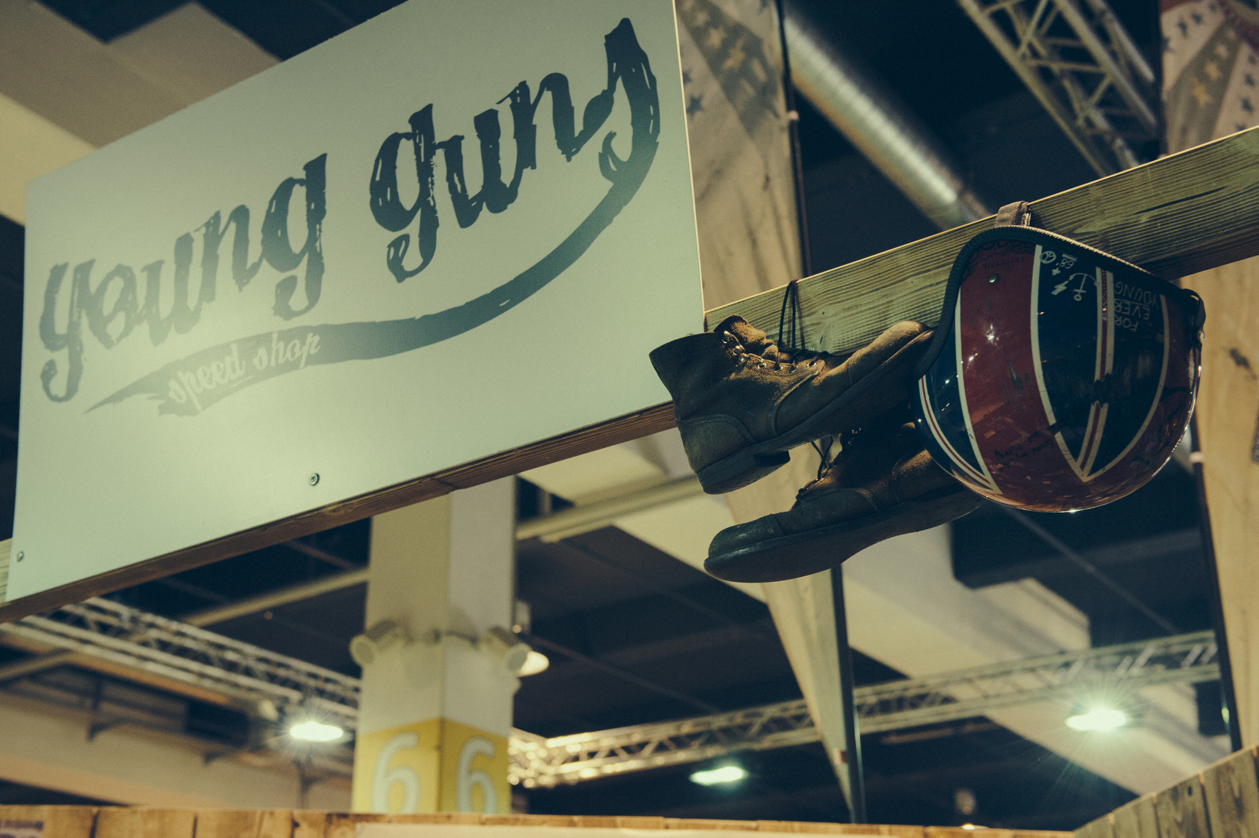 Young_Guns_Speedshop_Swissmoto2015_ByLorenzrichard.com-6462.jpg