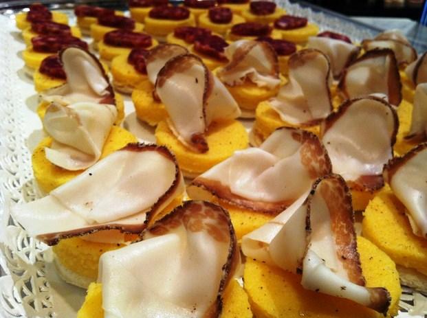 #medaglioni di polenta con lardo