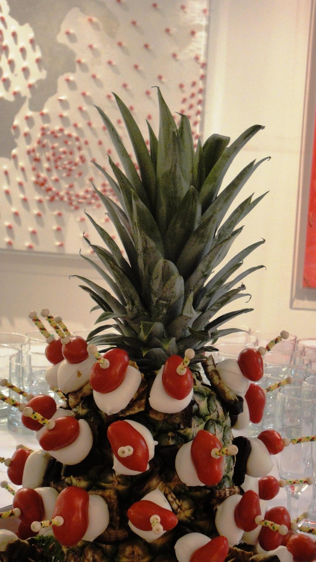 #spiedini di mozzarella su d'ananas