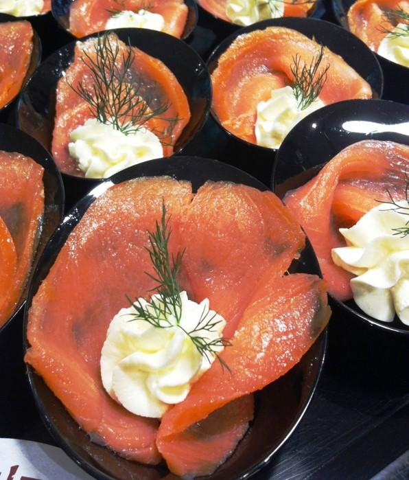#ciuffetti di salmone e caprino fresco