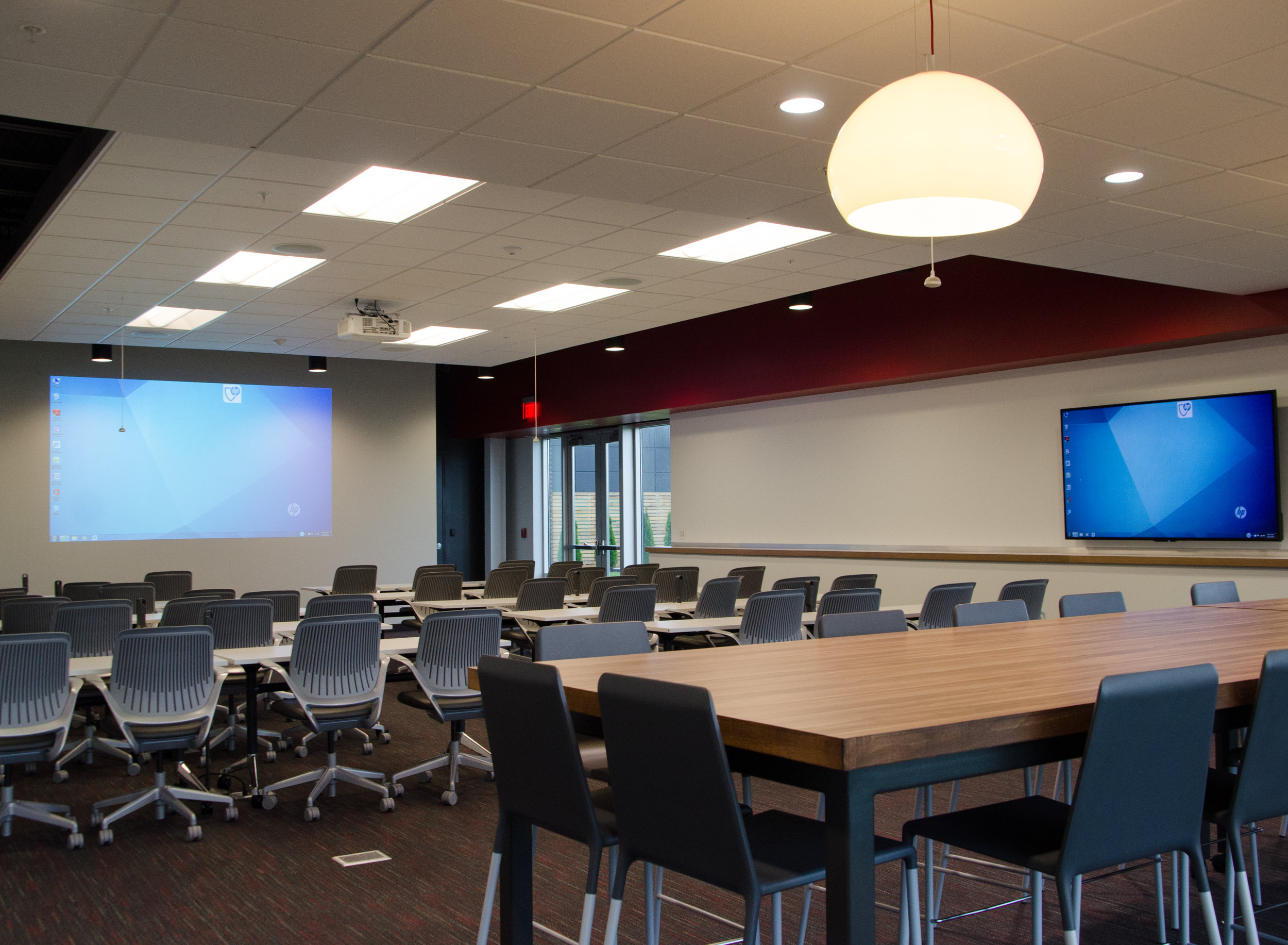 Collaborative training room in the new headquarters of    Scientific Expert Analysis