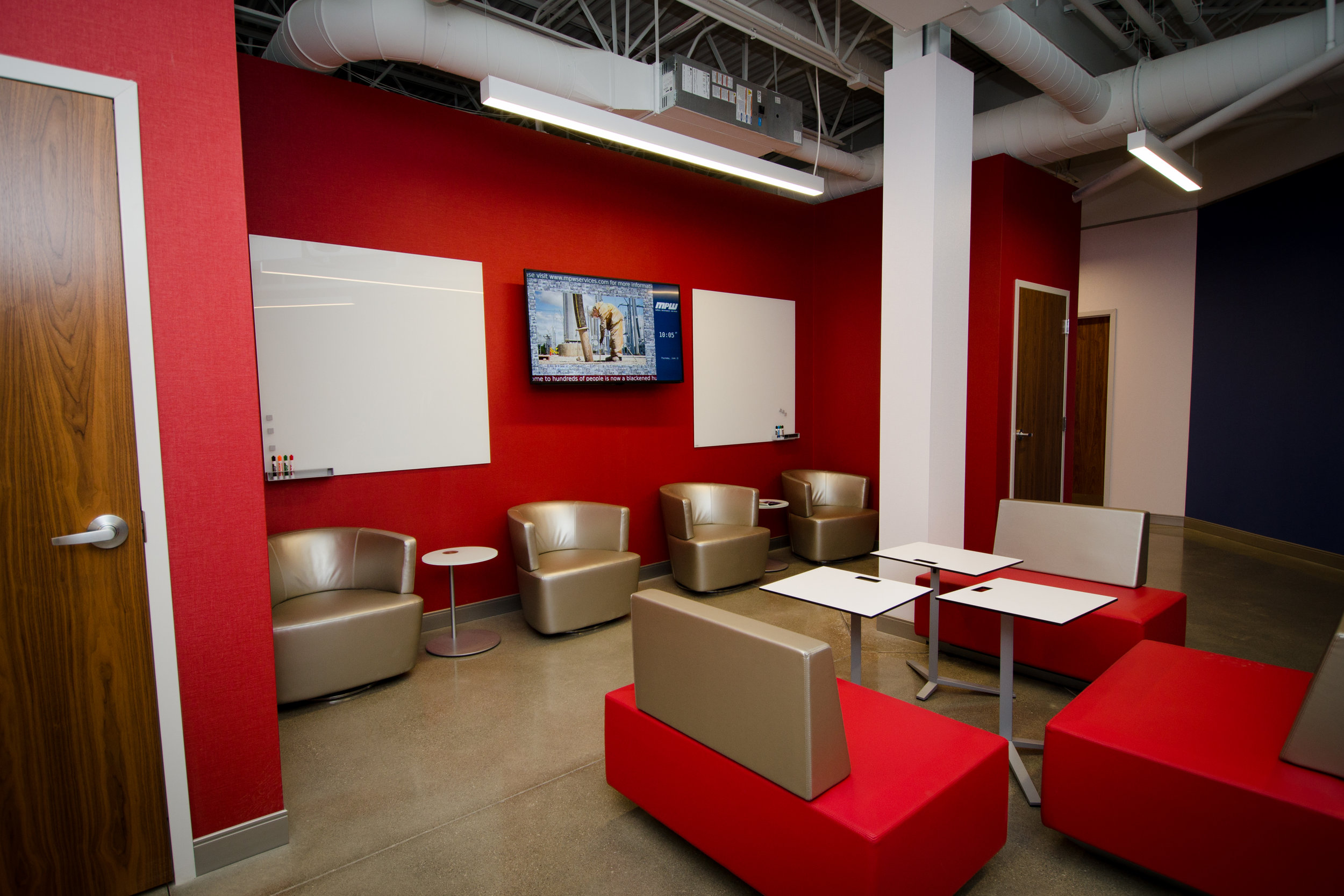 Open seating areas offer flexible work spaces, digital screens, white boards, and WiFi.