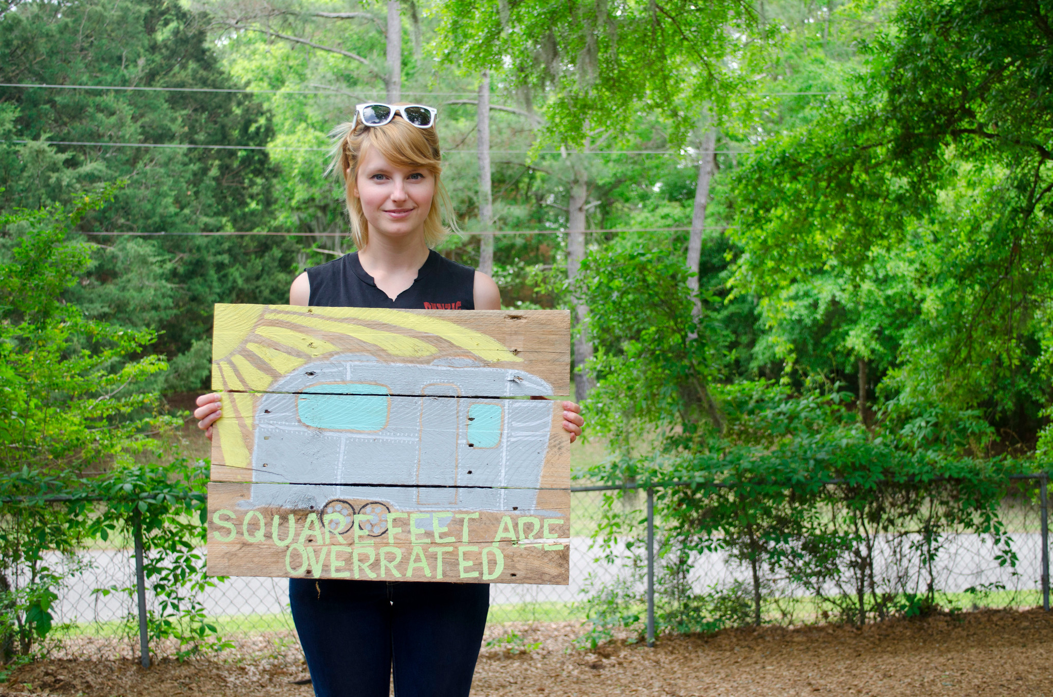 I seriously wanted to steal this sign from Steve Harrell's house (tiny house listings, tiny house vacations). I'll have to paint one myself!