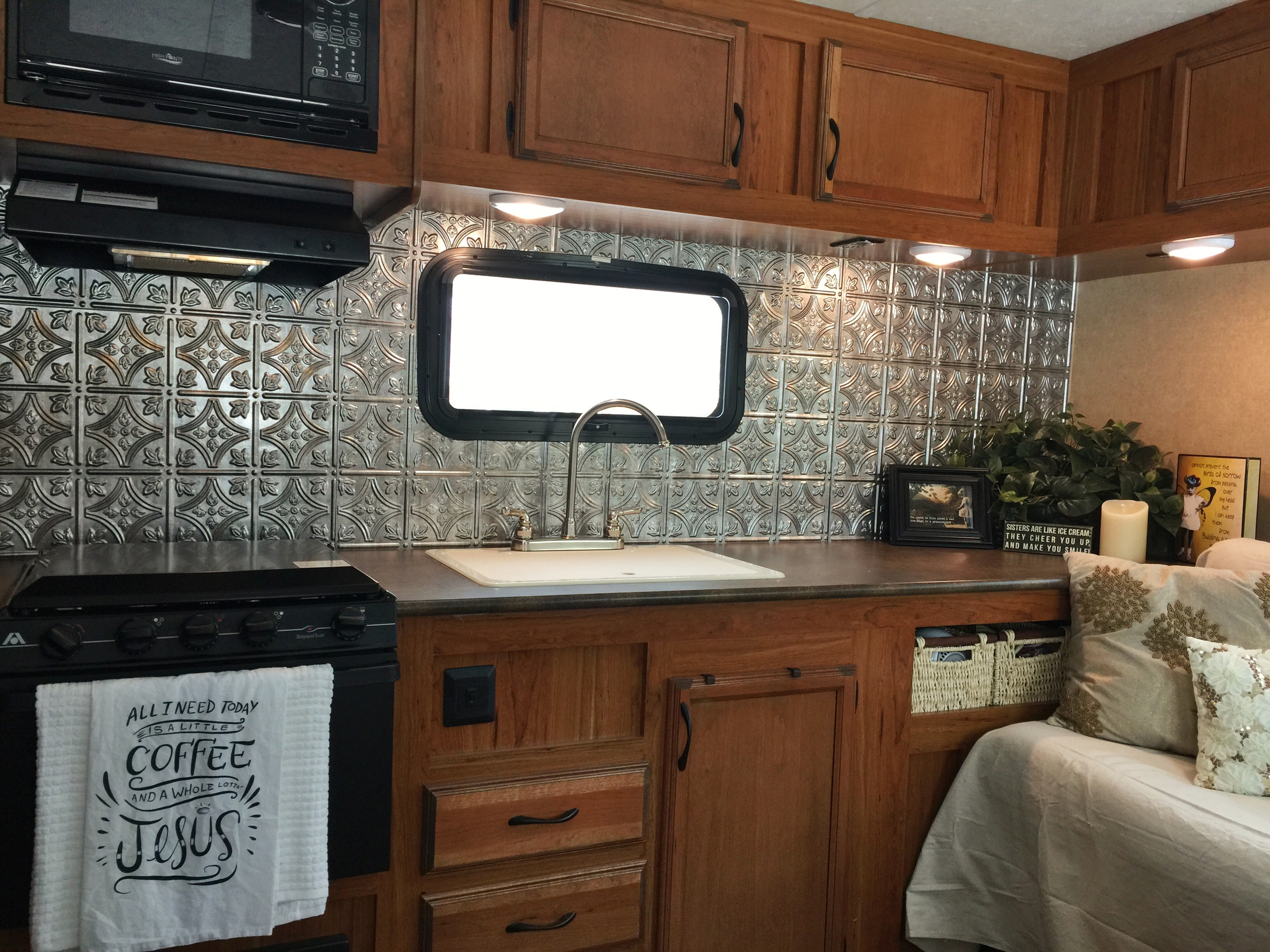 Ginny recently re-did the backsplash in her new trailer - it looks great!