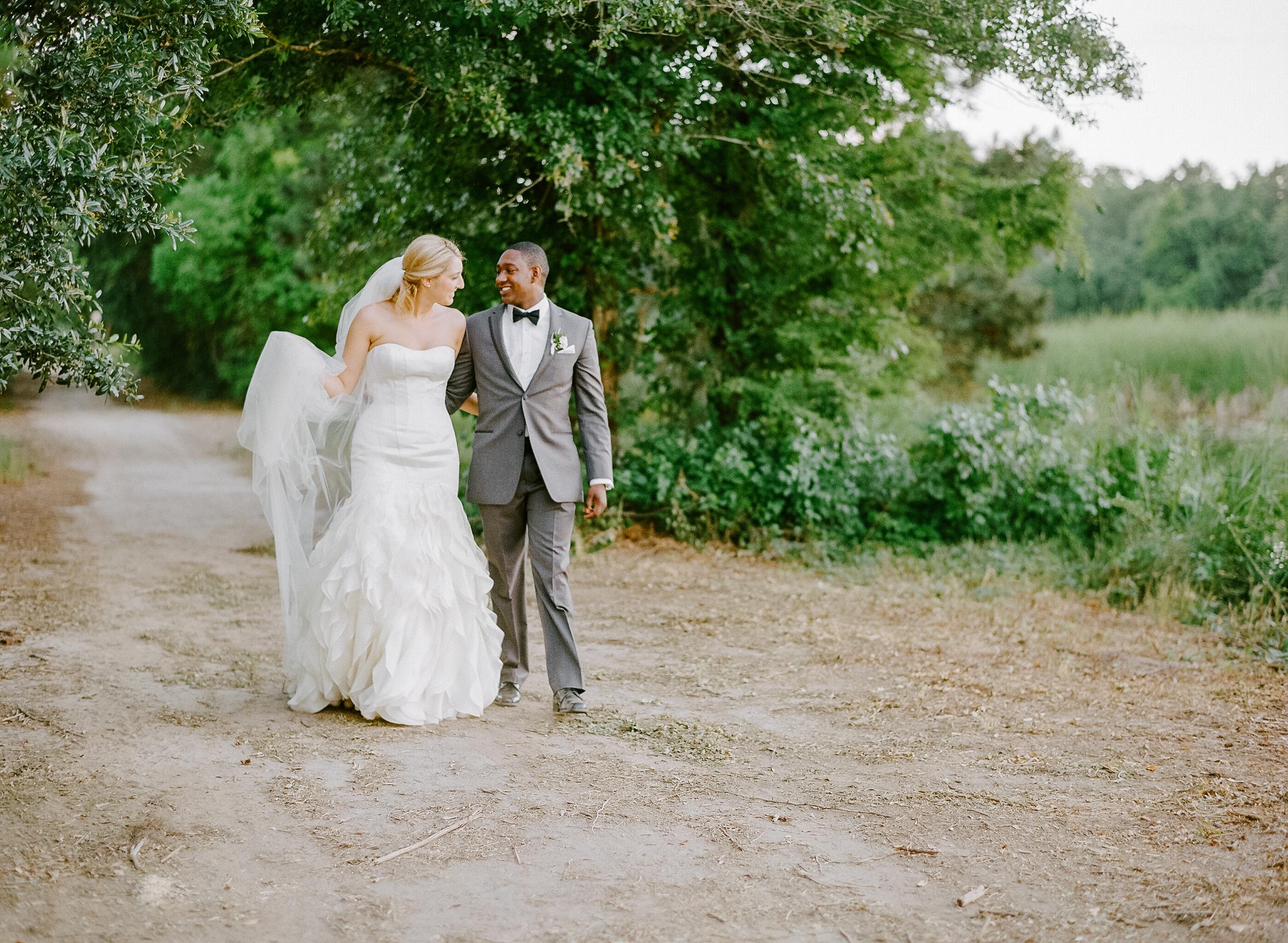 lauren jonas magnolia plantation wedding charleston film wedding hotographer