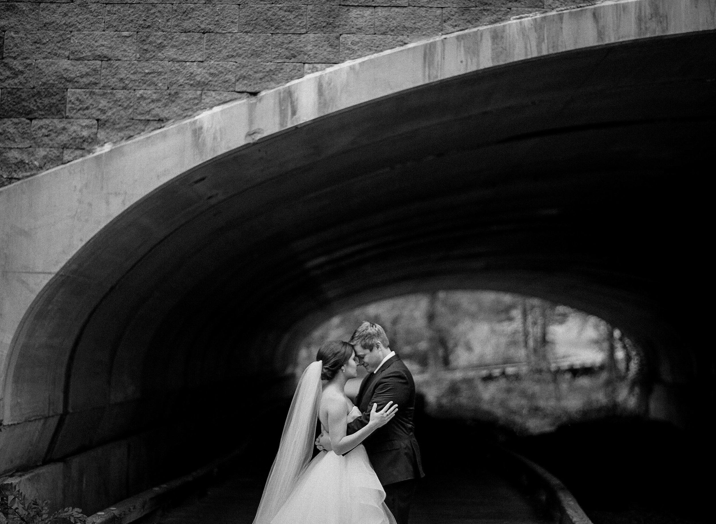 Fine-Art-Charlotte-Wedding-Photography-Lauren-Jonas13.jpg