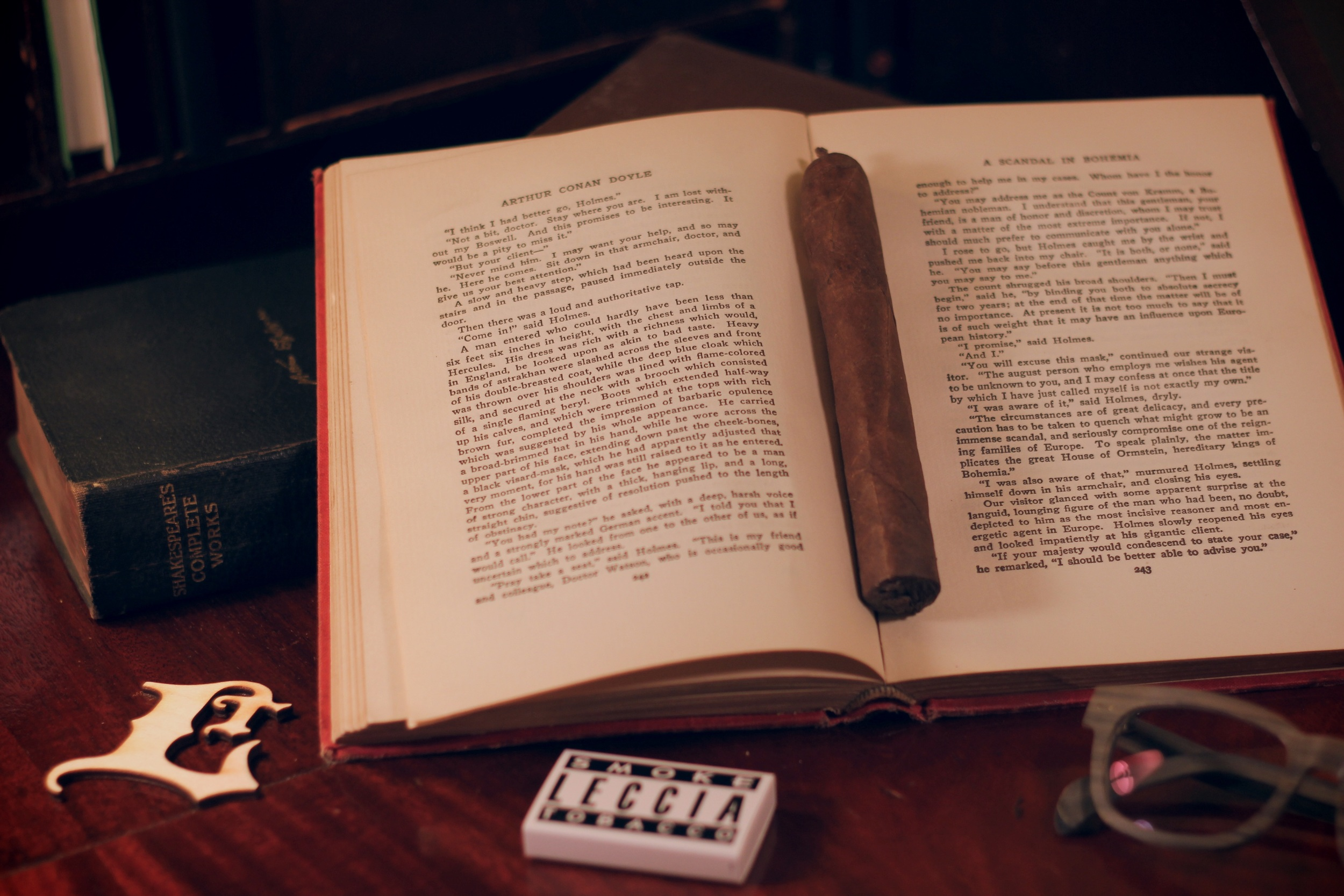 BookMarkerSML.jpg