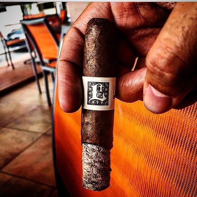 Photo by @luismvb #lecciatobacco#cigar#cigars