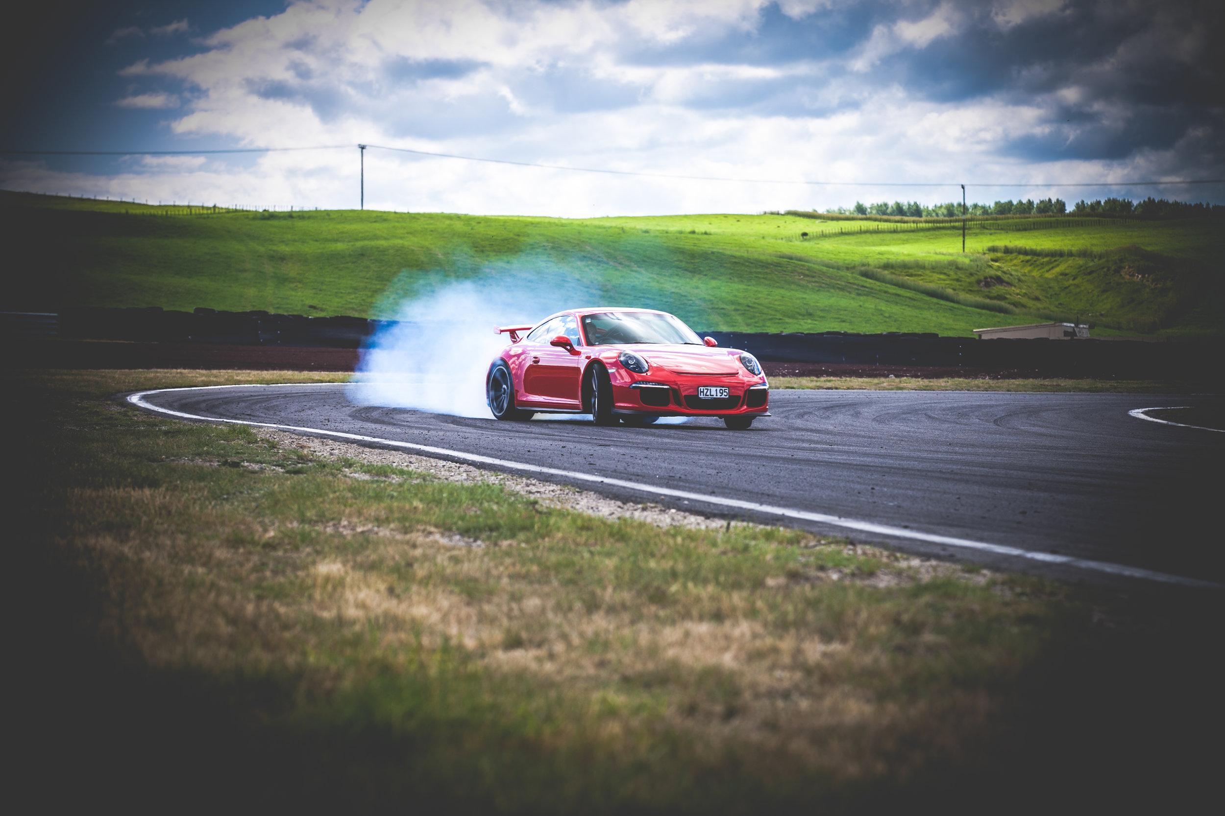 Porsche-266.jpg