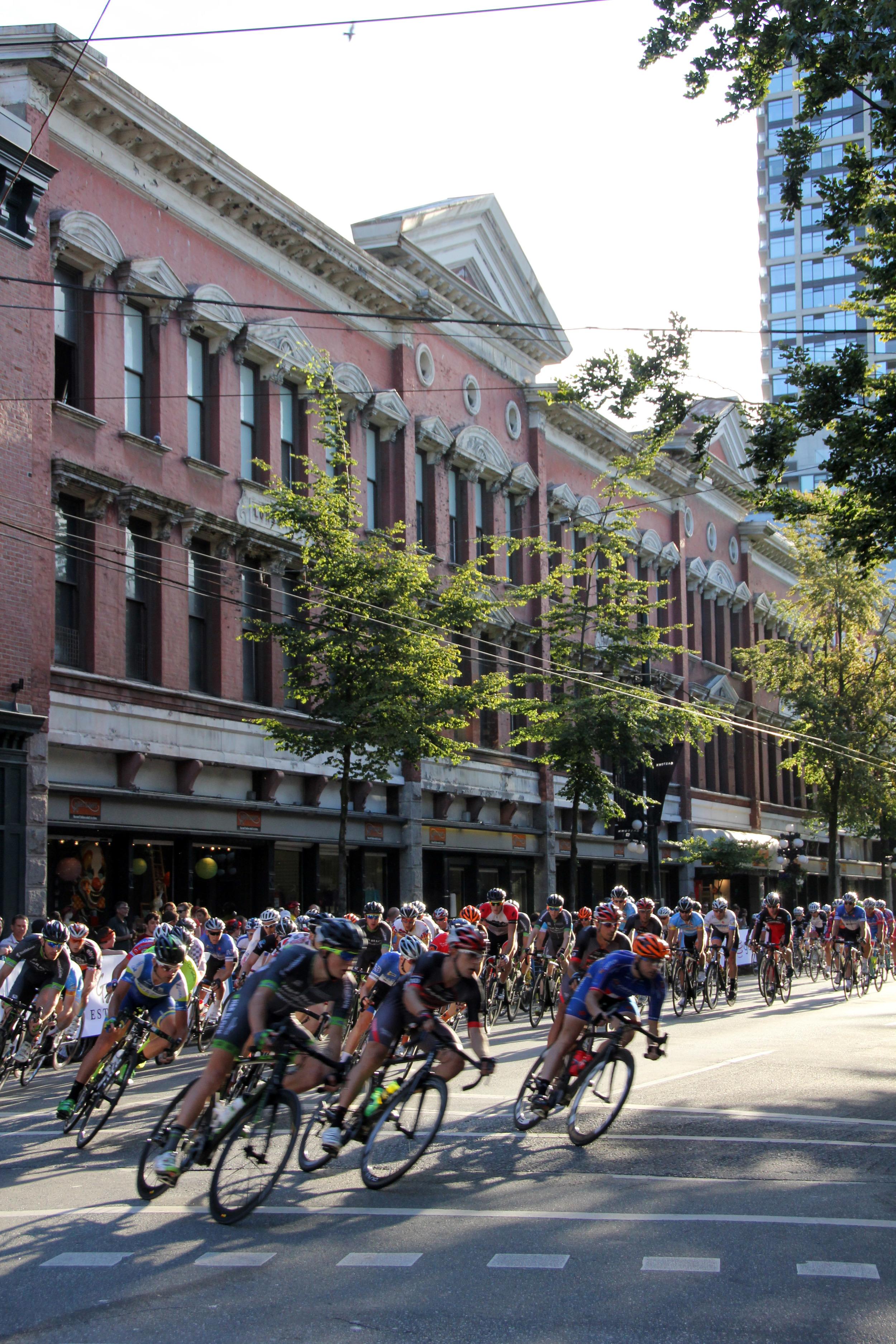 Riders at Tour de Gastown