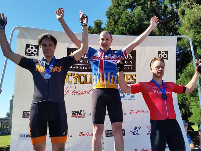 Craig Holden clinches the win, Masters B Championship