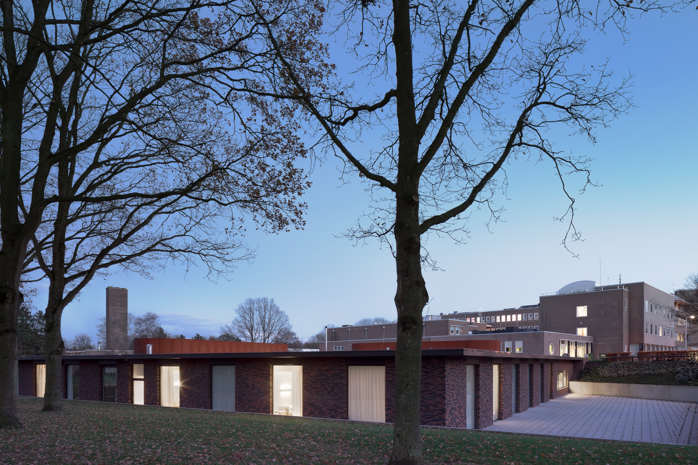 team-4-groningen-haren-beatrixoord-mark-hadden-amsterdam-architecture-photographer-architectuurfotograaf-078.jpg