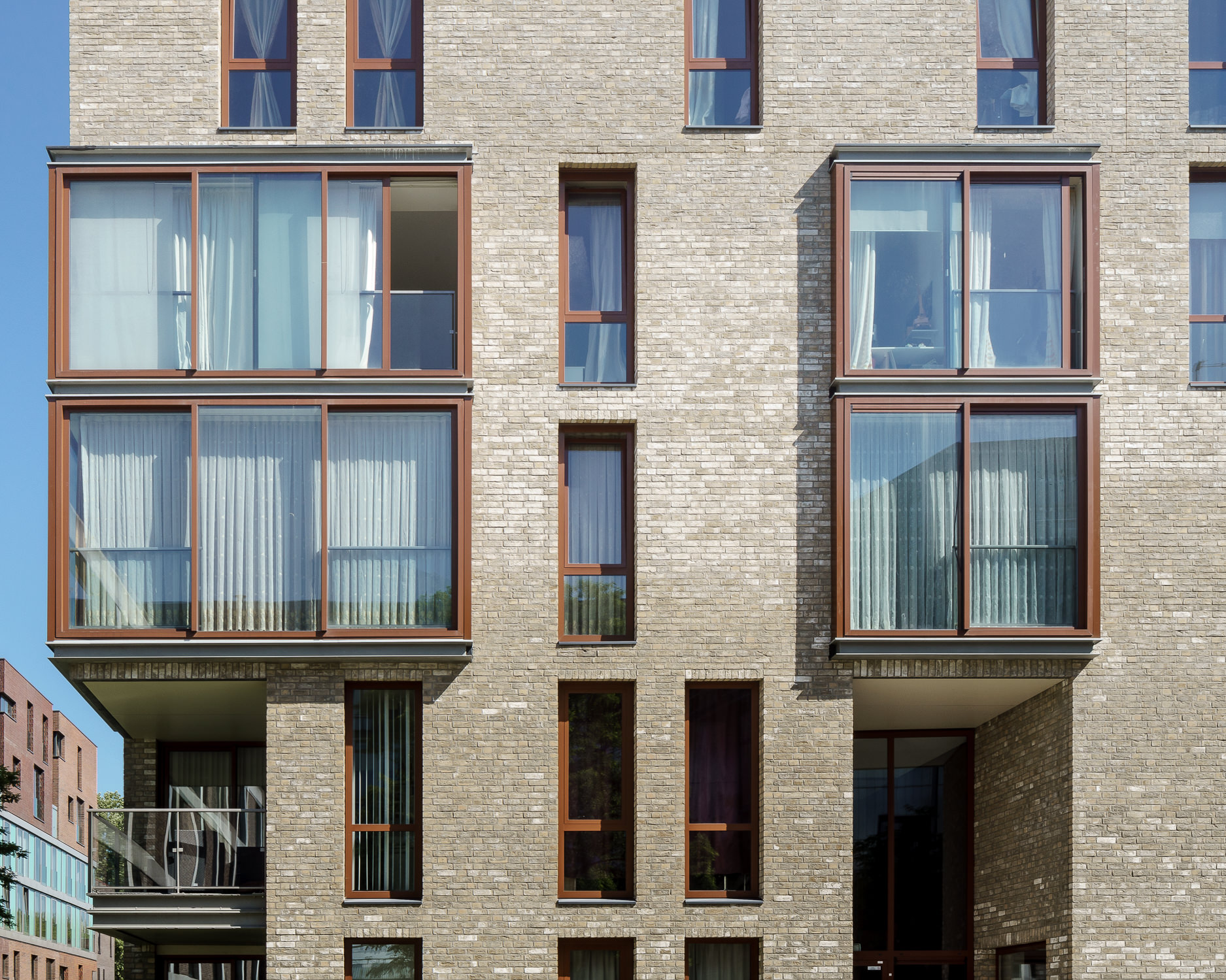 amsterdam-modern-architecture-facade-het-funen-mark-hadden-photography-architectuurfotograaf--3.jpg