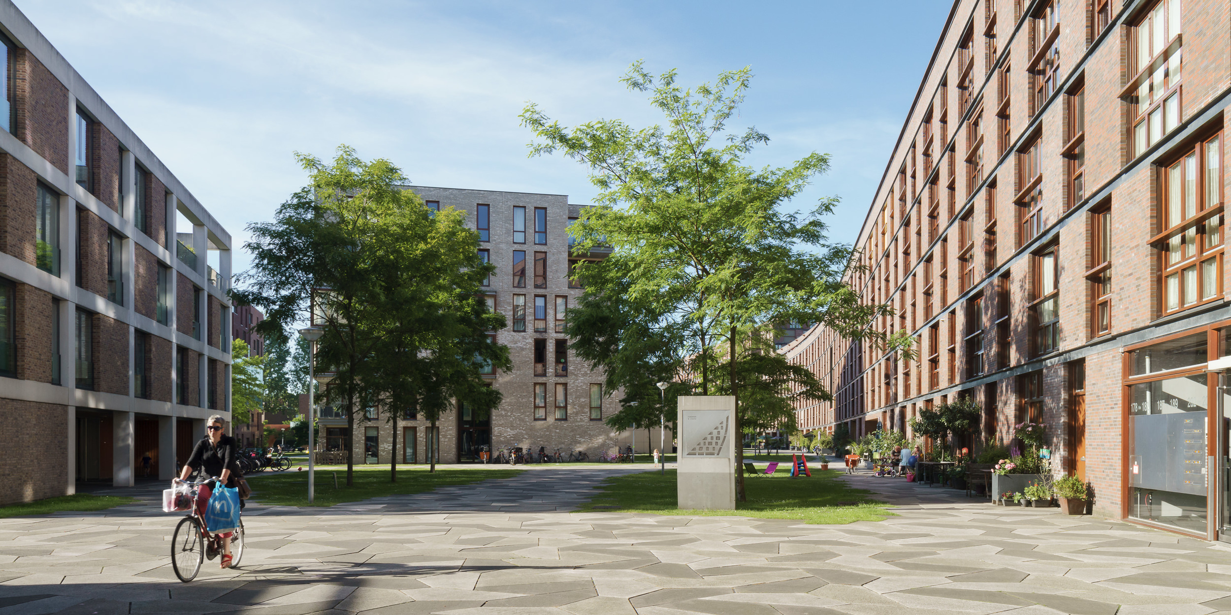 amsterdam-modern-architecture-facade-het-funen-mark-hadden-photography-architectuurfotograaf-.jpg