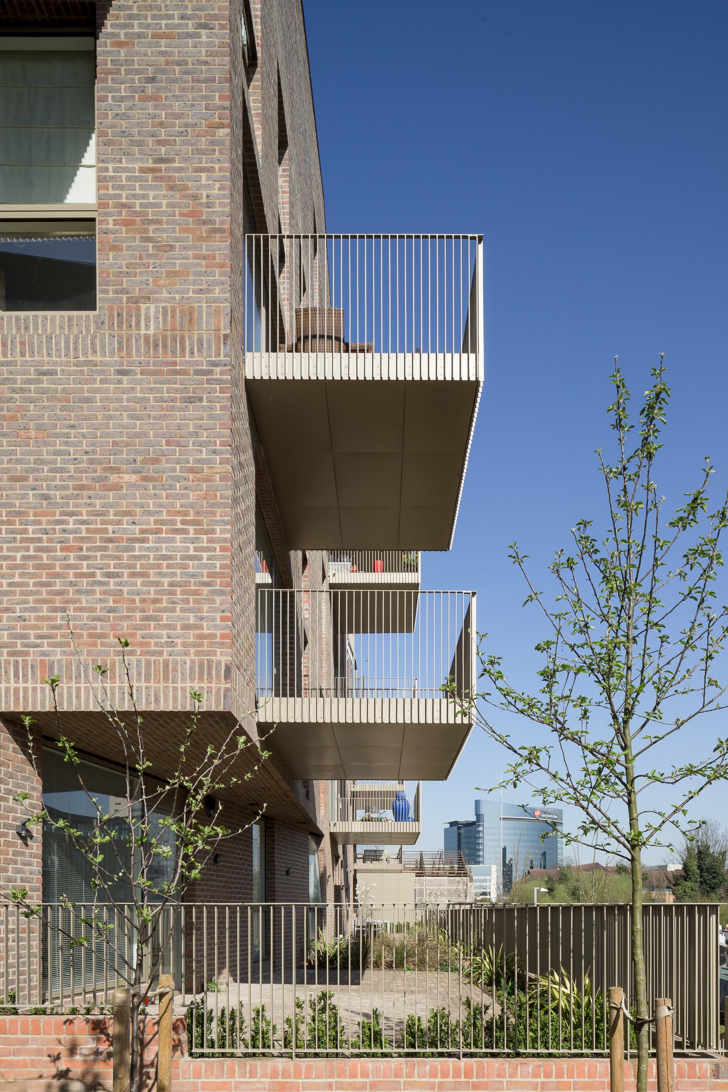 duggan-morris-brenrtford-lock-mark-hadden-amsterdam-architecture-photographer-architectuurfotograaf-038.jpg