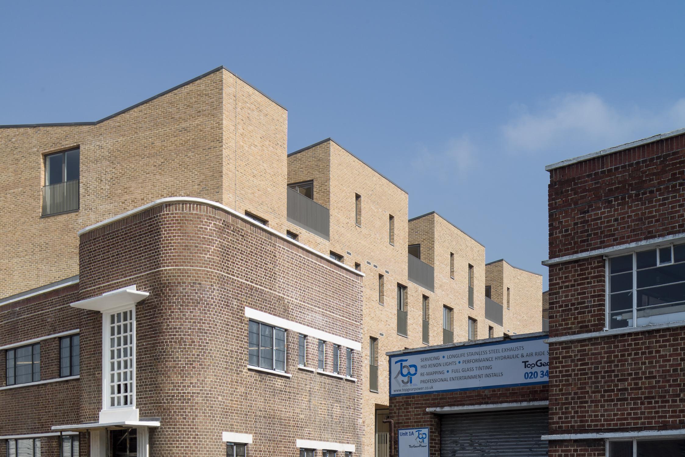 mikhail-riches-brentford-lock-mark-hadden-architecture-photographer-architectuur-fotograaf-020.jpg