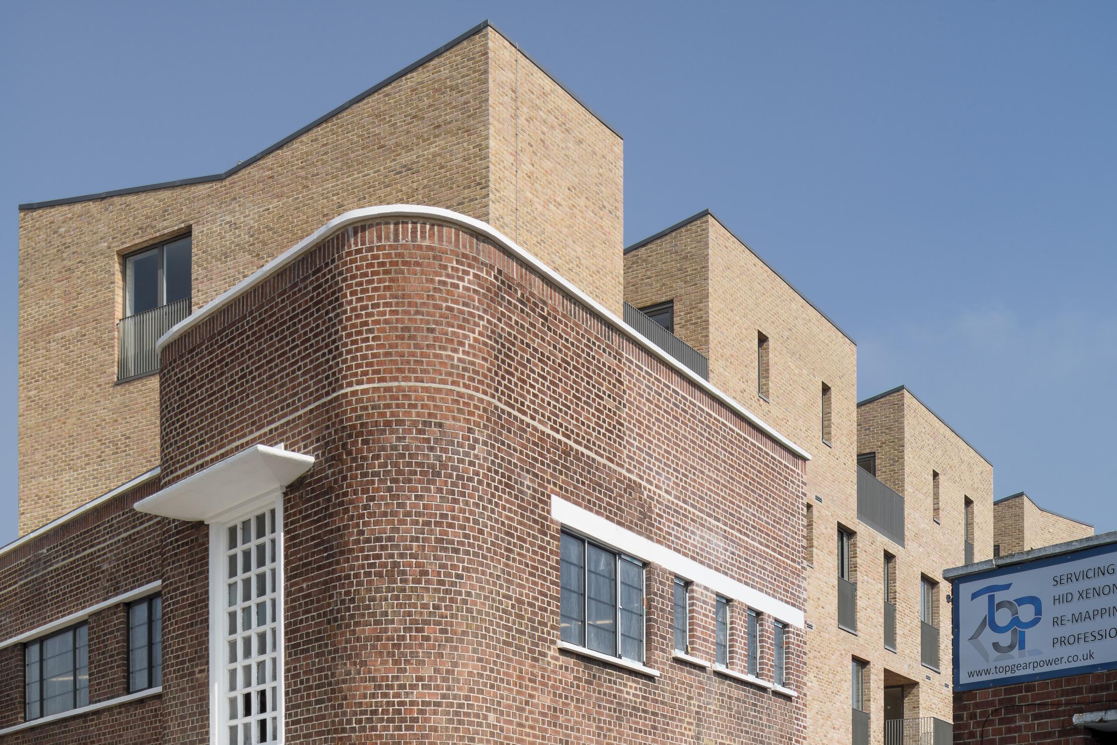 mikhail-riches-brentford-lock-mark-hadden-architecture-photographer-architectuur-fotograaf-021.jpg