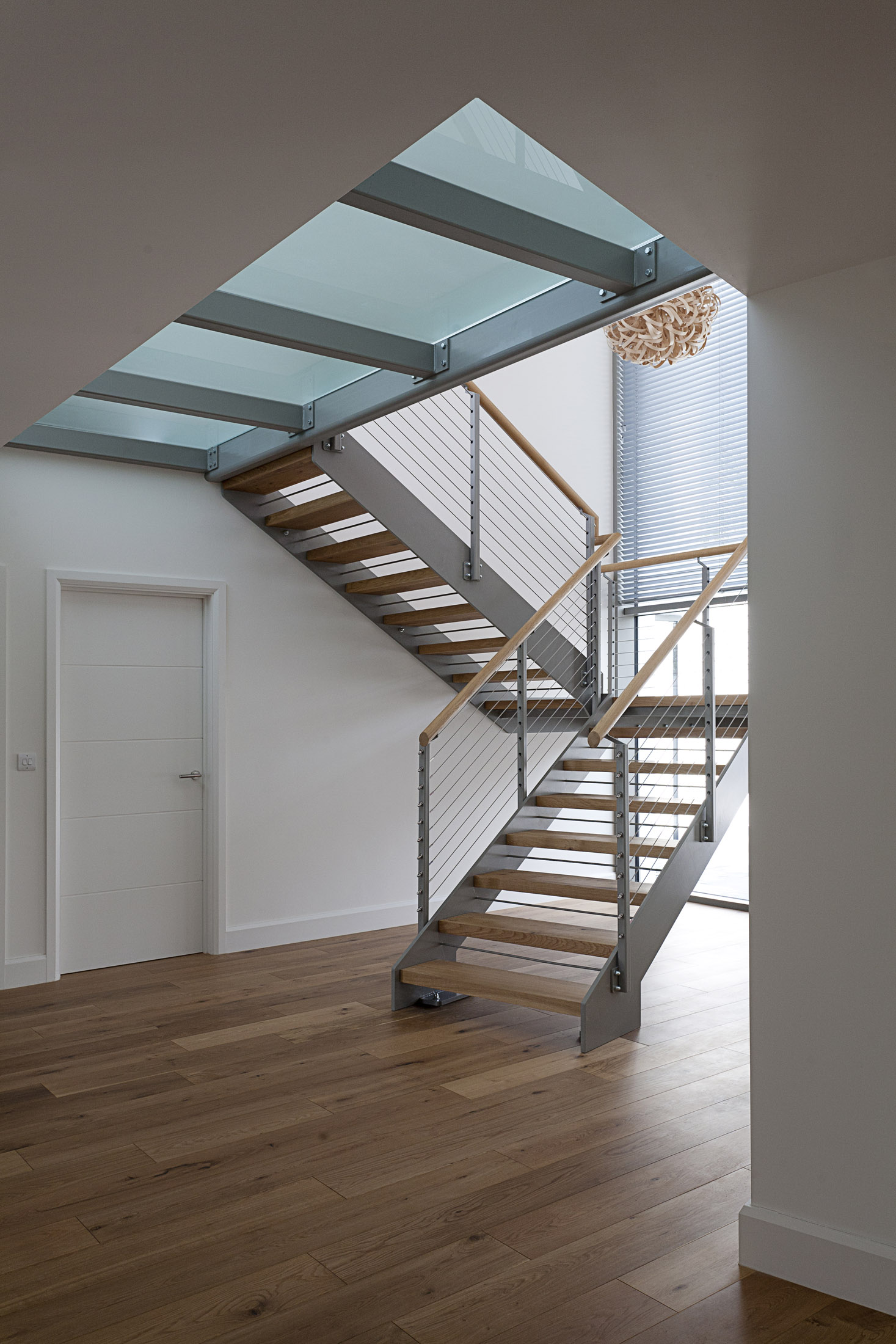 stairs:hall.jpg