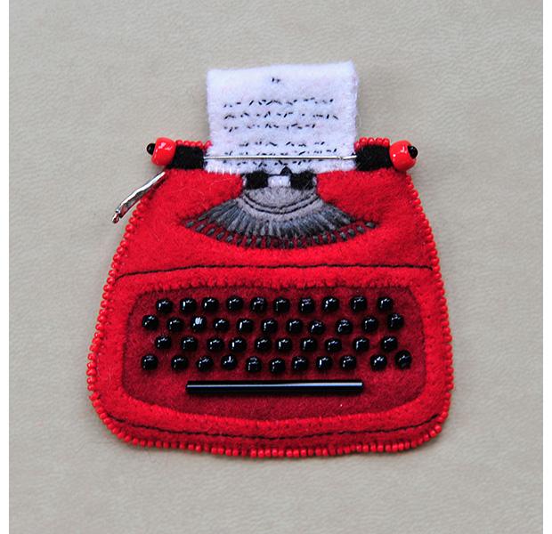 060_cofta_ann_Vintage Typewriter Remington Starfire.jpg