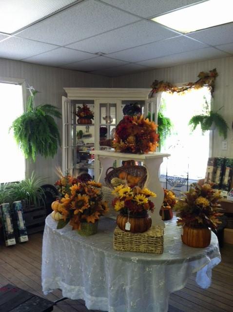 thanksgiving arrangements.jpg