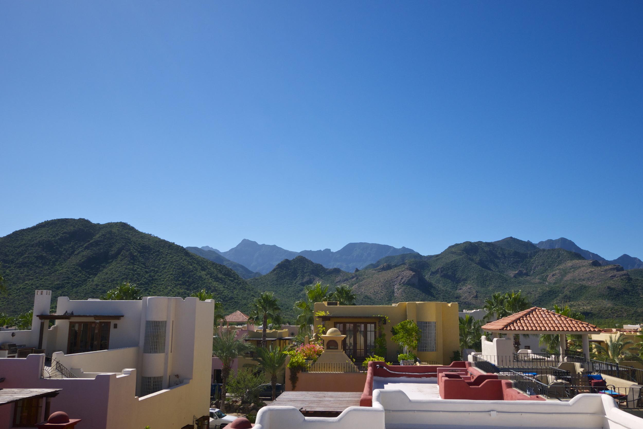 Stunning views of La Giganta Mountains