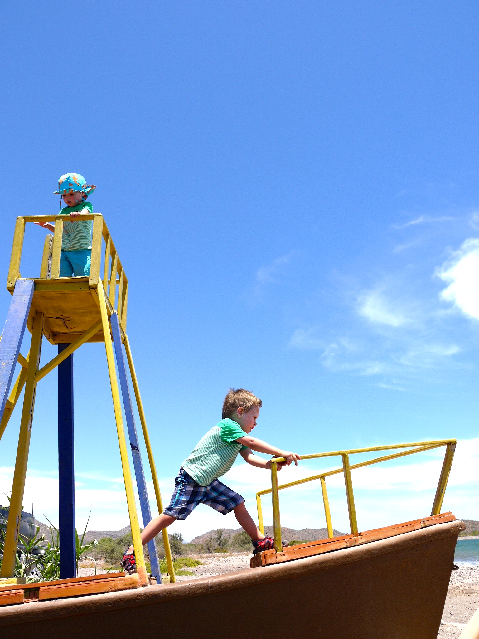 With a big play area to keep the kids occupied, Vista al Mar makes for a very relaxing afternoon.