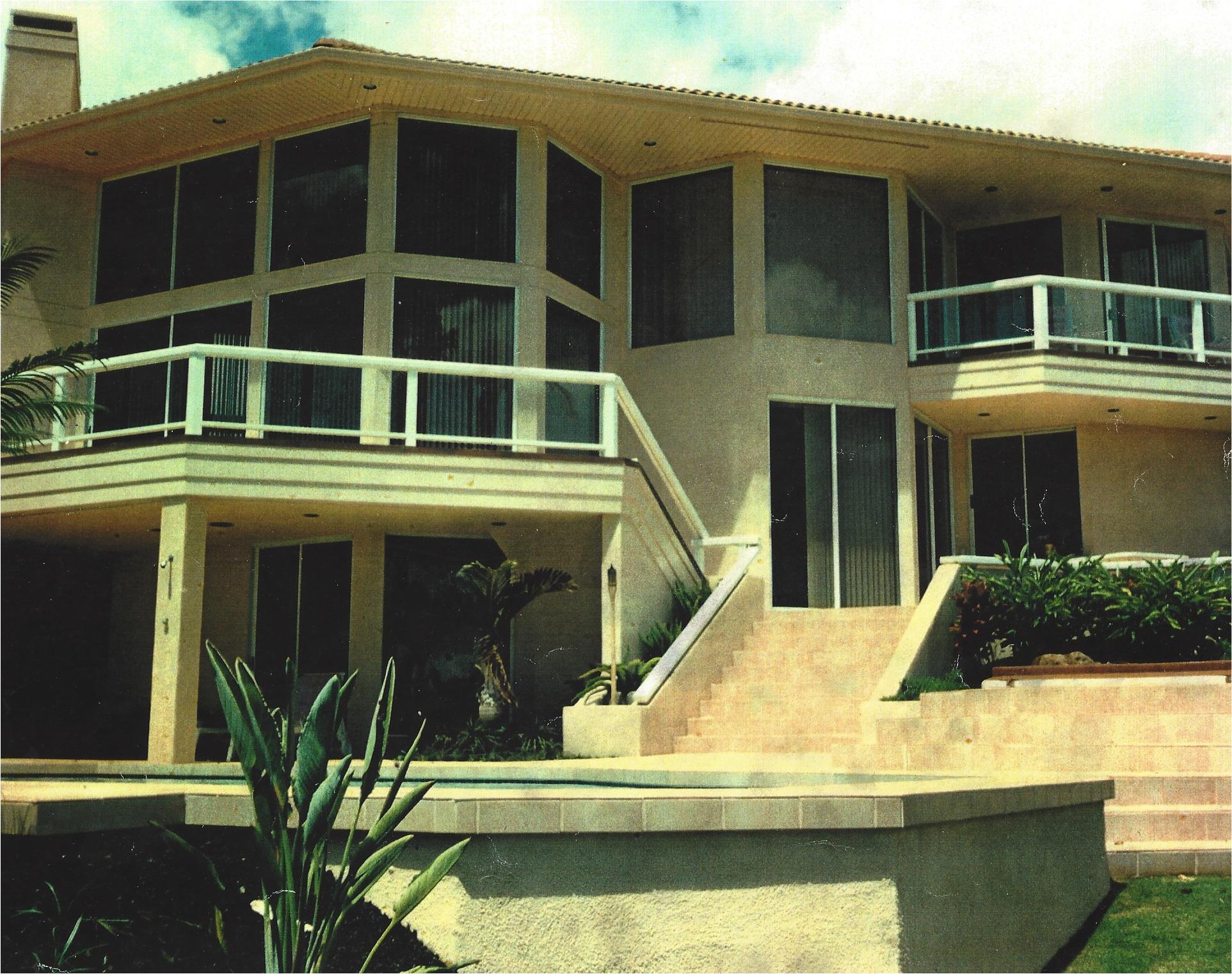 Home built on Maui2.jpg
