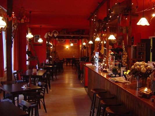 Knoblauch (Garlic) Restaurant