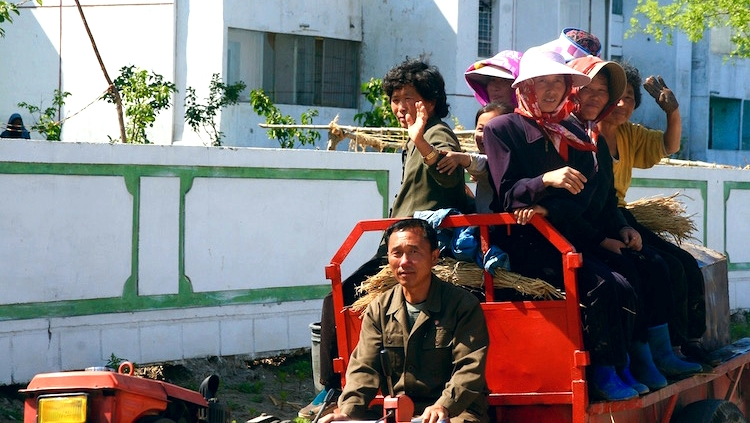 elderly-north-koreans-red-tractor.jog