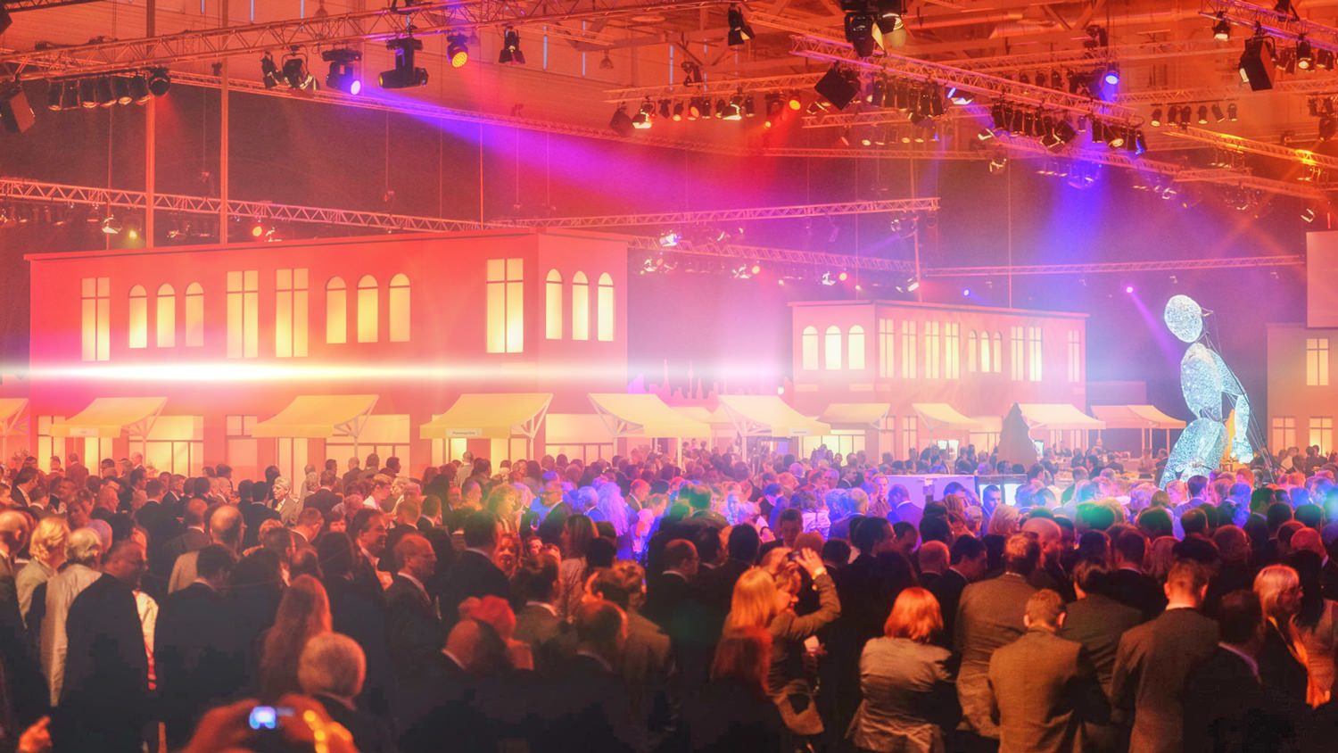 Event mit 3.500 Gästen –  event with 3,500 guests