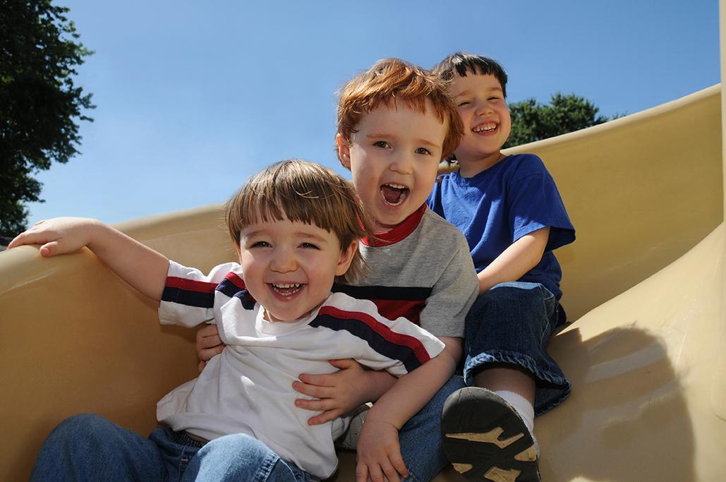 Children-on-swing.jpg