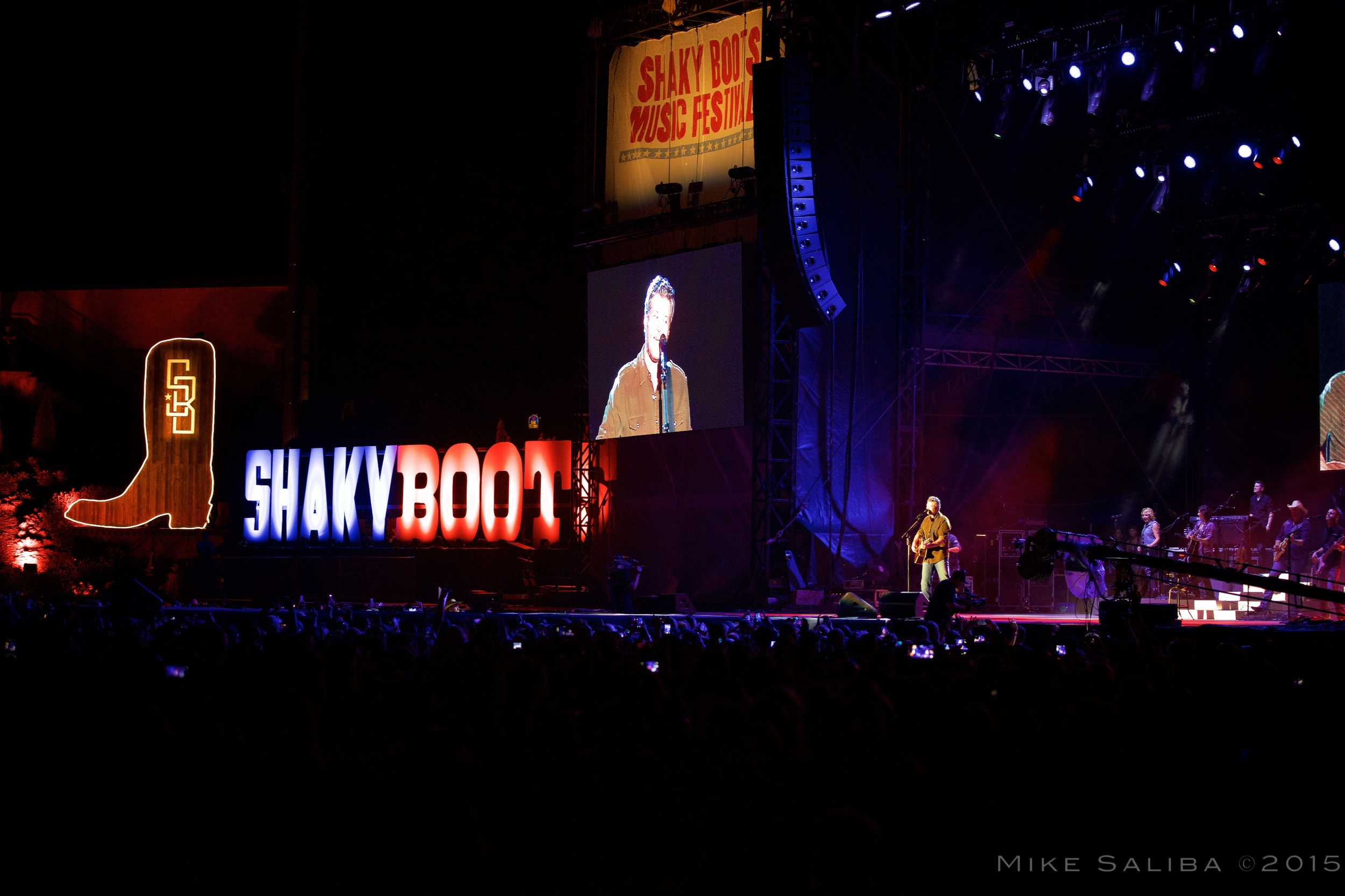 Blake Shelton - Shaky Boots 2015
