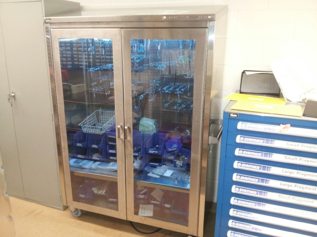 Instrument Storage with UV by Torvan Medical