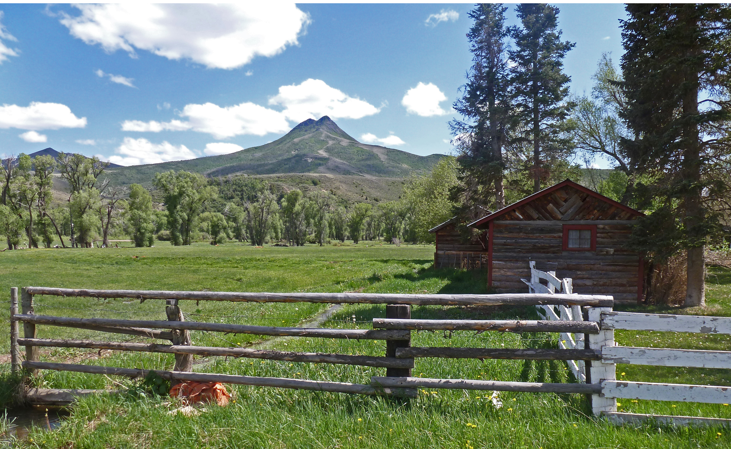 Saddle Pocket Ladder Ranch
