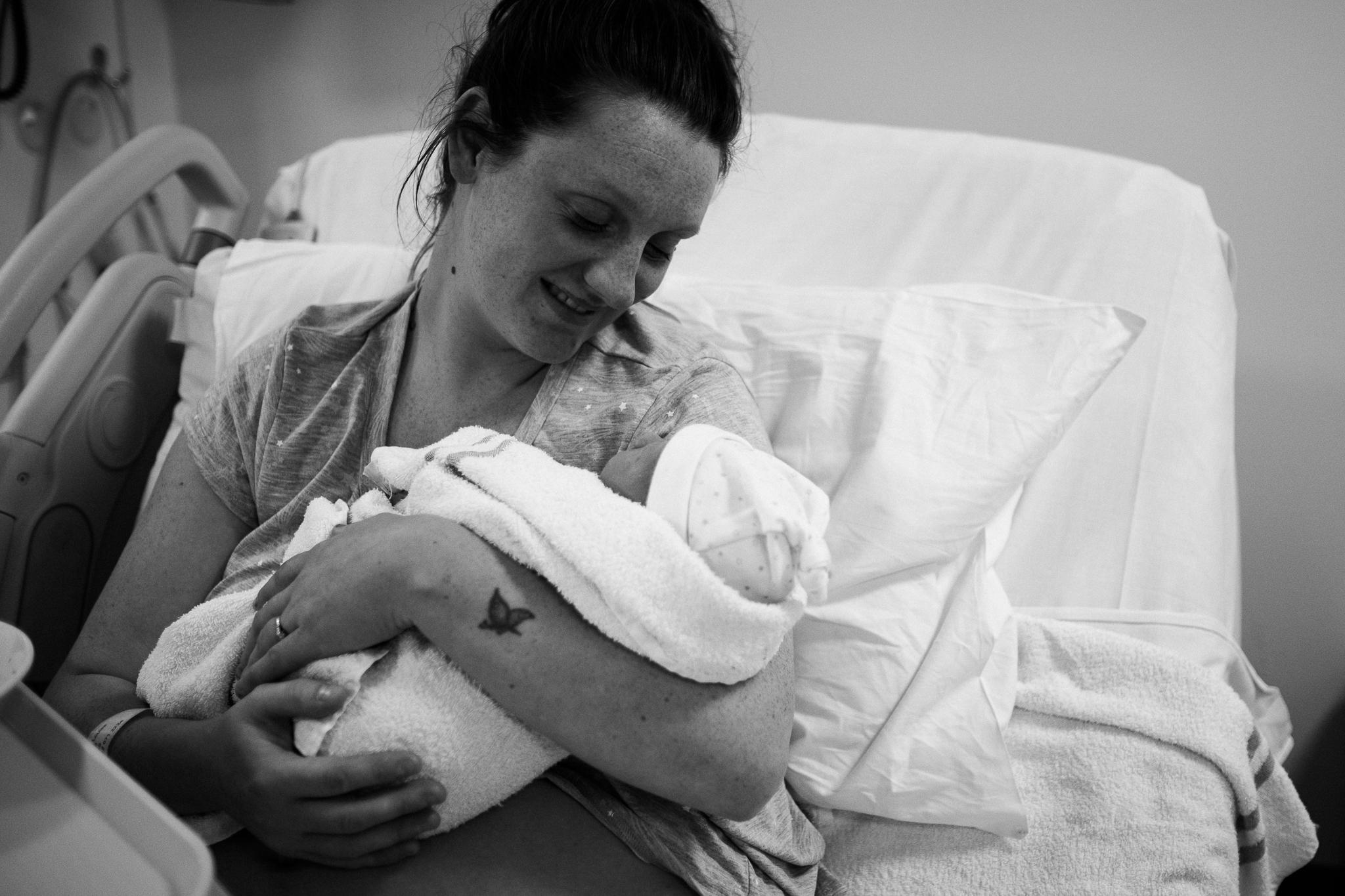 Birth Photographer Documentary Photography Newborn Baby Hospital Family - Jenny Harper-27.jpg