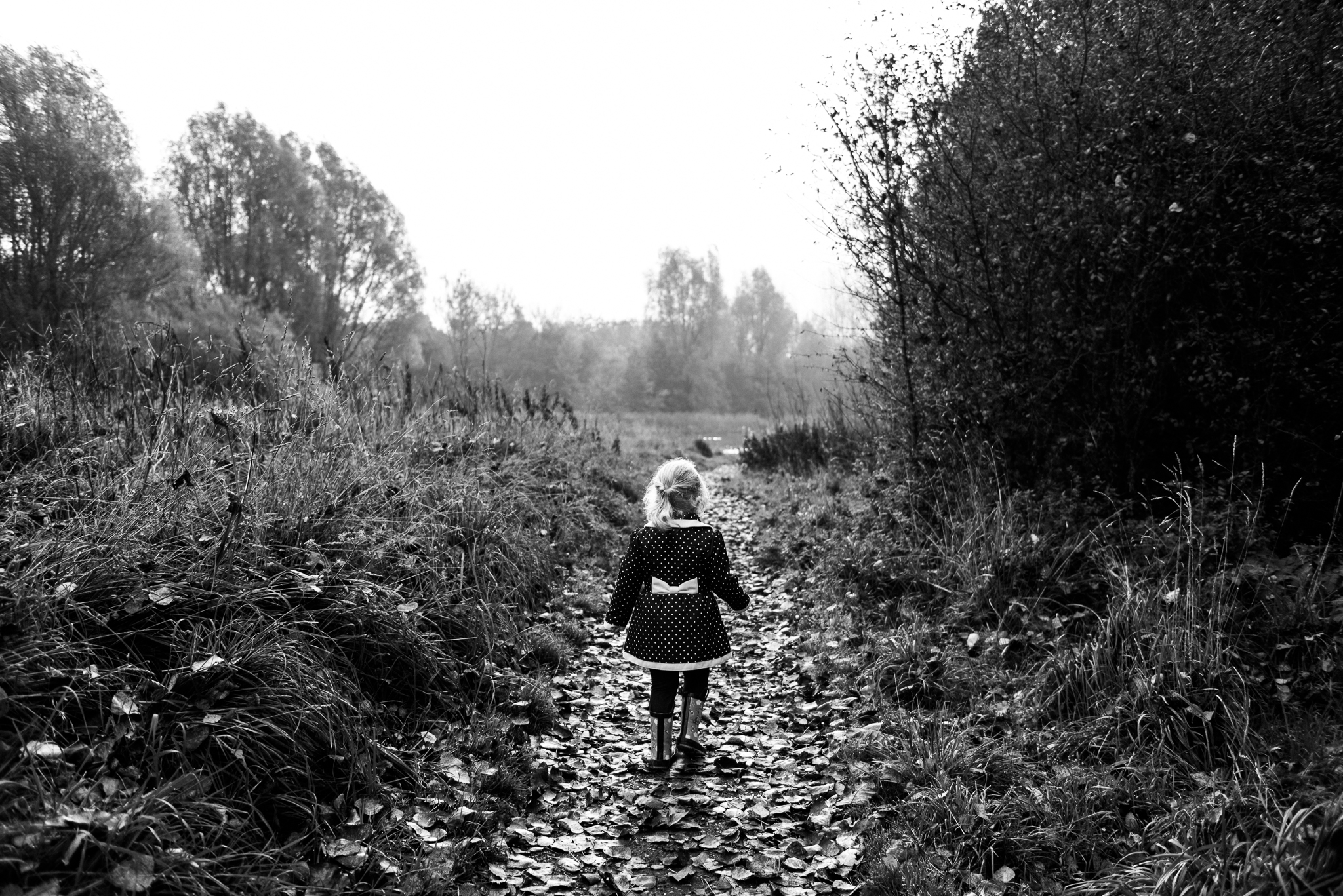 Staffordshire Documentary Family Photography Autumn Lifestyle Fall Leaves - Jenny Harper-10.jpg
