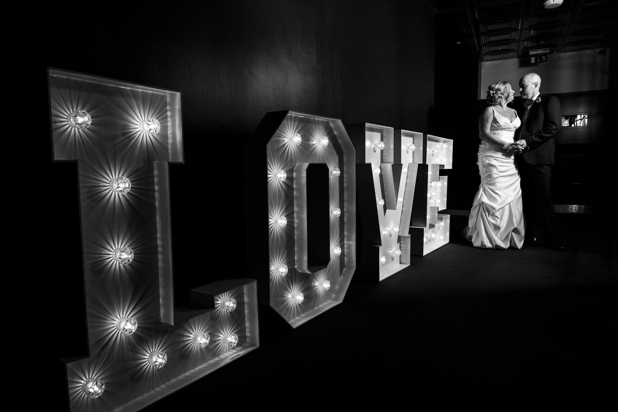 Manchester Wedding Photography On the 7th Media City UK, Salford 20s Art Deco Feathers Urban - Jenny Harper-28.jpg