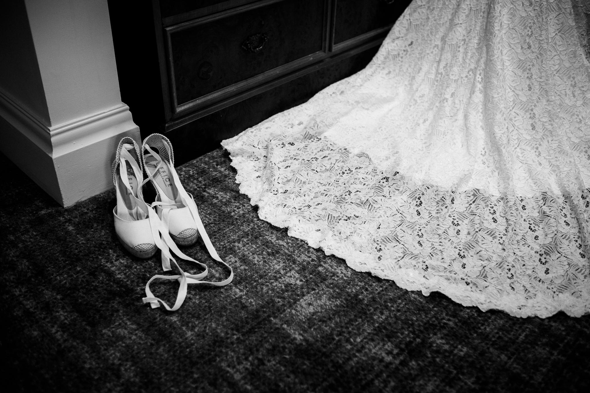 Relaxed Documentary Wedding Photography at The Wizard Inn, Alderley Edge Cheshire - Jenny Harper-4.jpg