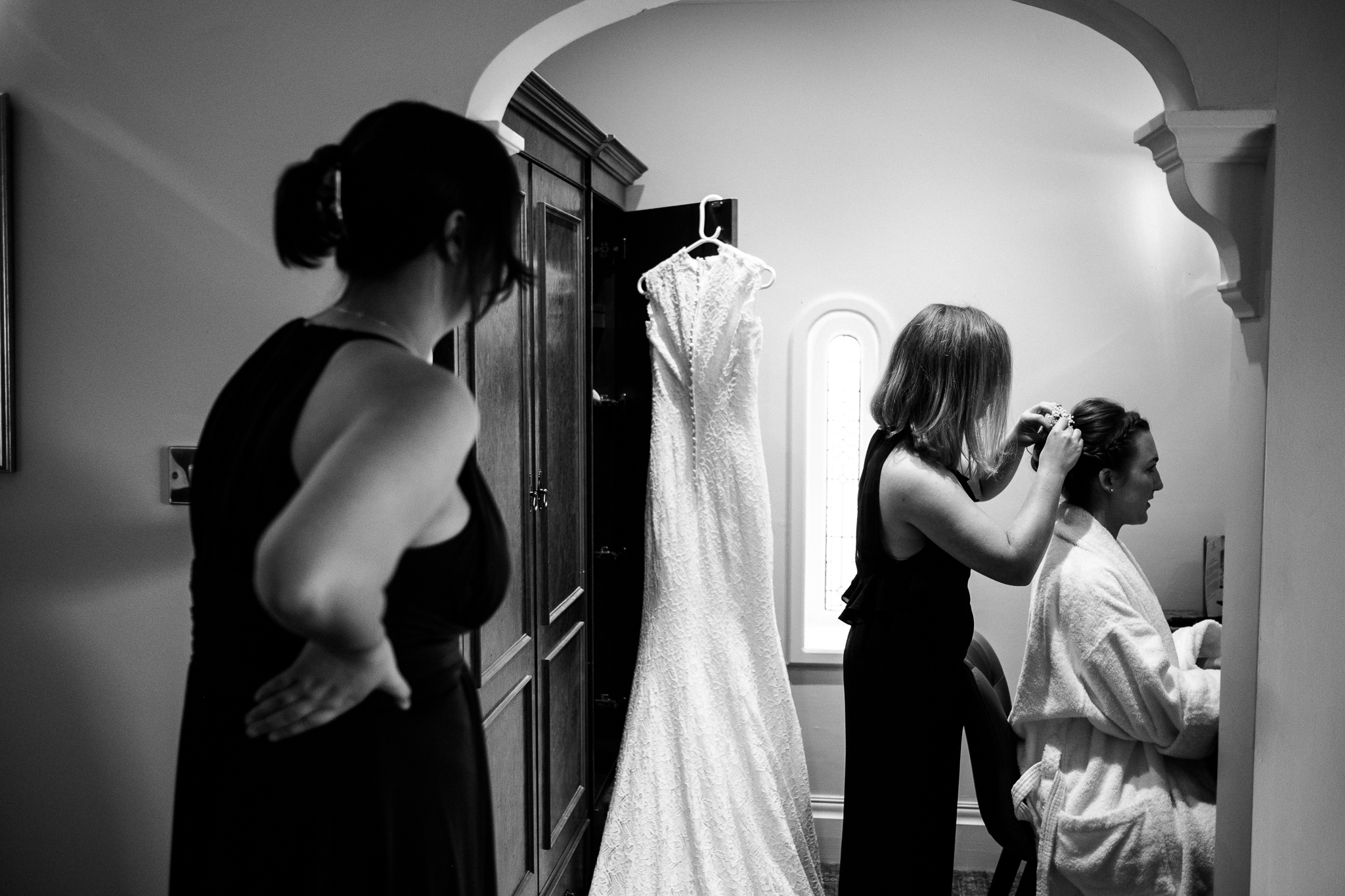 Relaxed Documentary Wedding Photography at The Wizard Inn, Alderley Edge Cheshire - Jenny Harper-8.jpg