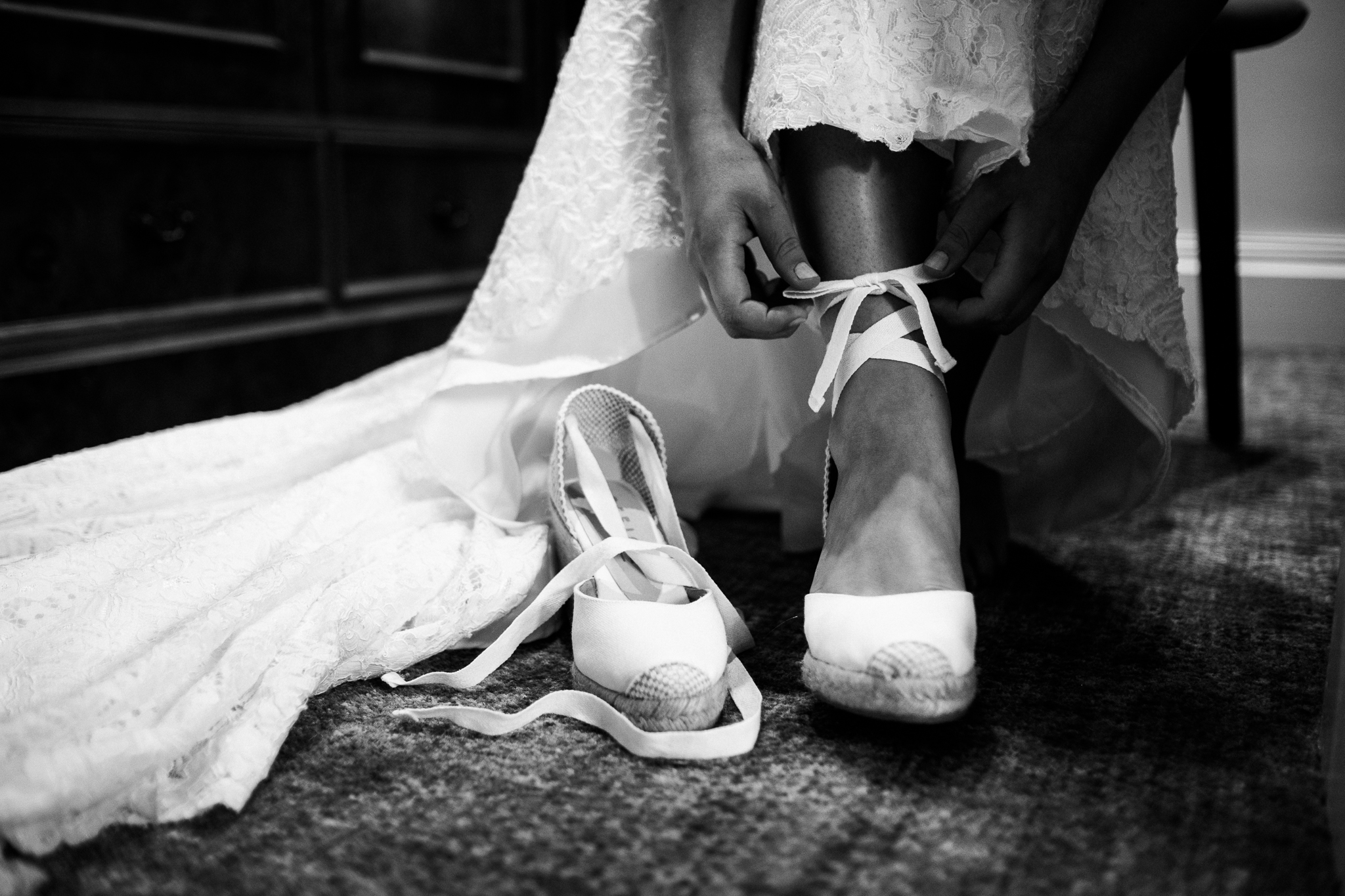 Relaxed Documentary Wedding Photography at The Wizard Inn, Alderley Edge Cheshire - Jenny Harper-10.jpg