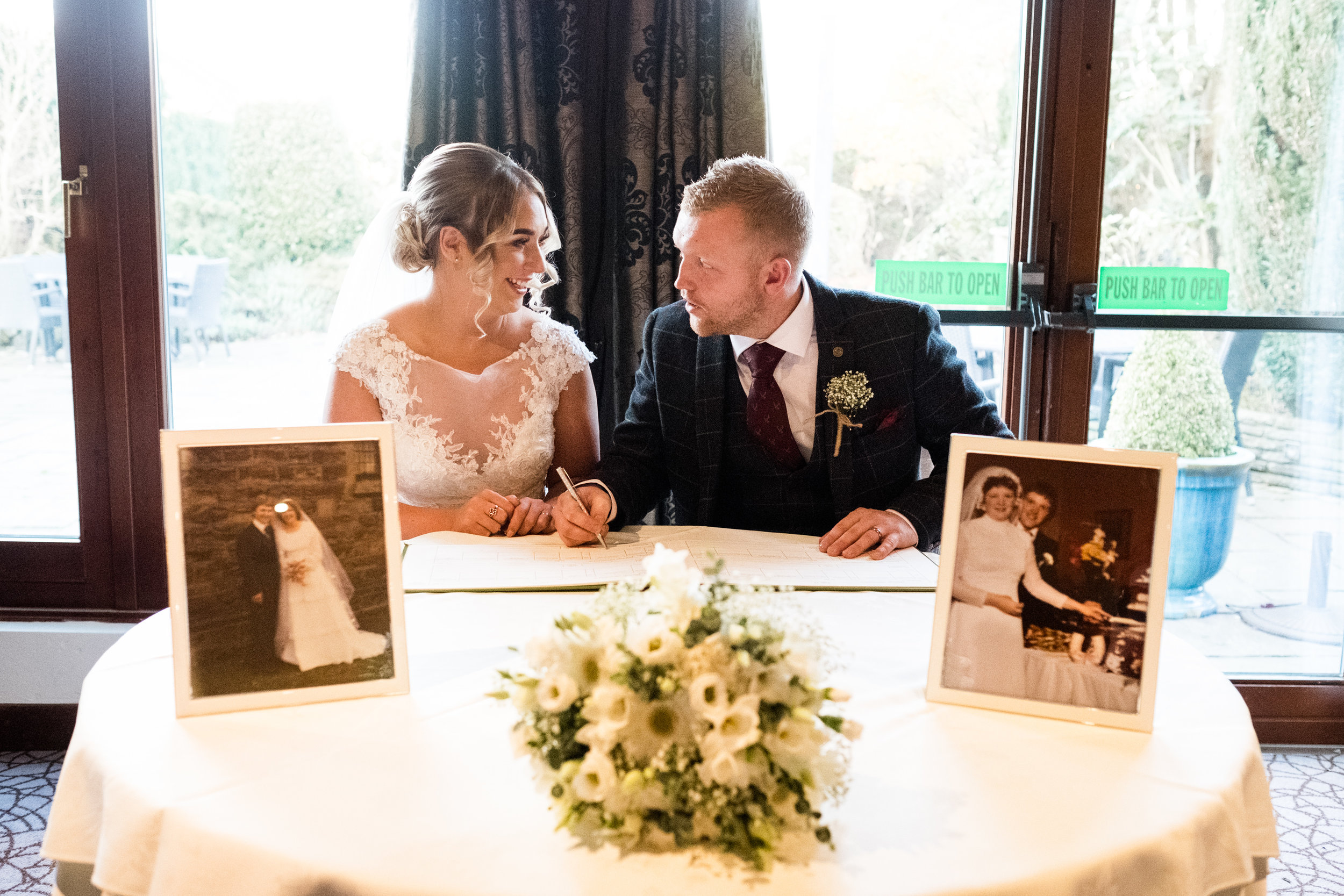 Autumn Wedding Photography at The Three Horseshoes, Blackshaw Moor, Staffordshire Moorlands - Jenny Harper-28.jpg
