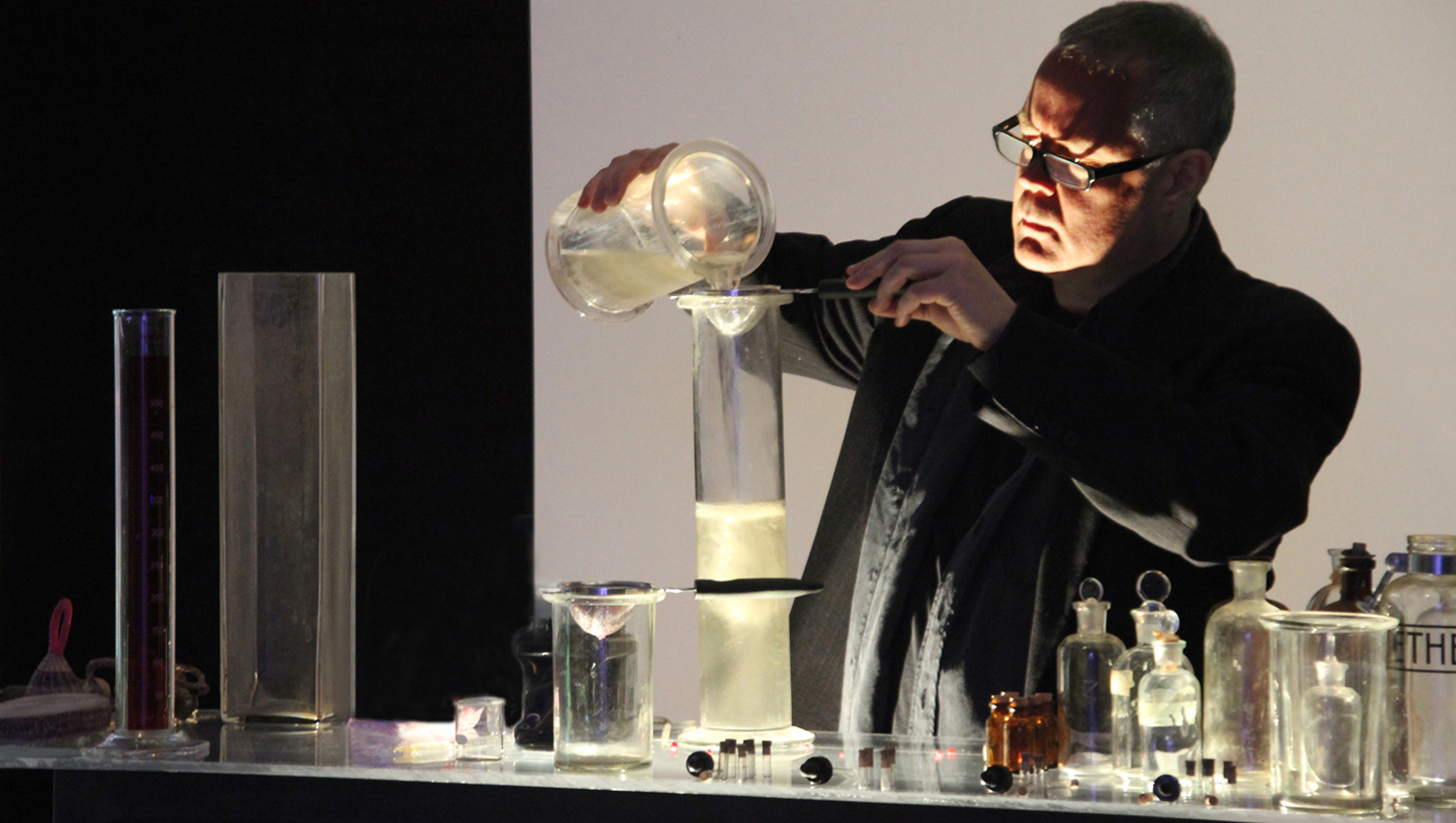 David Teeple performing Alchemy/Filtration.