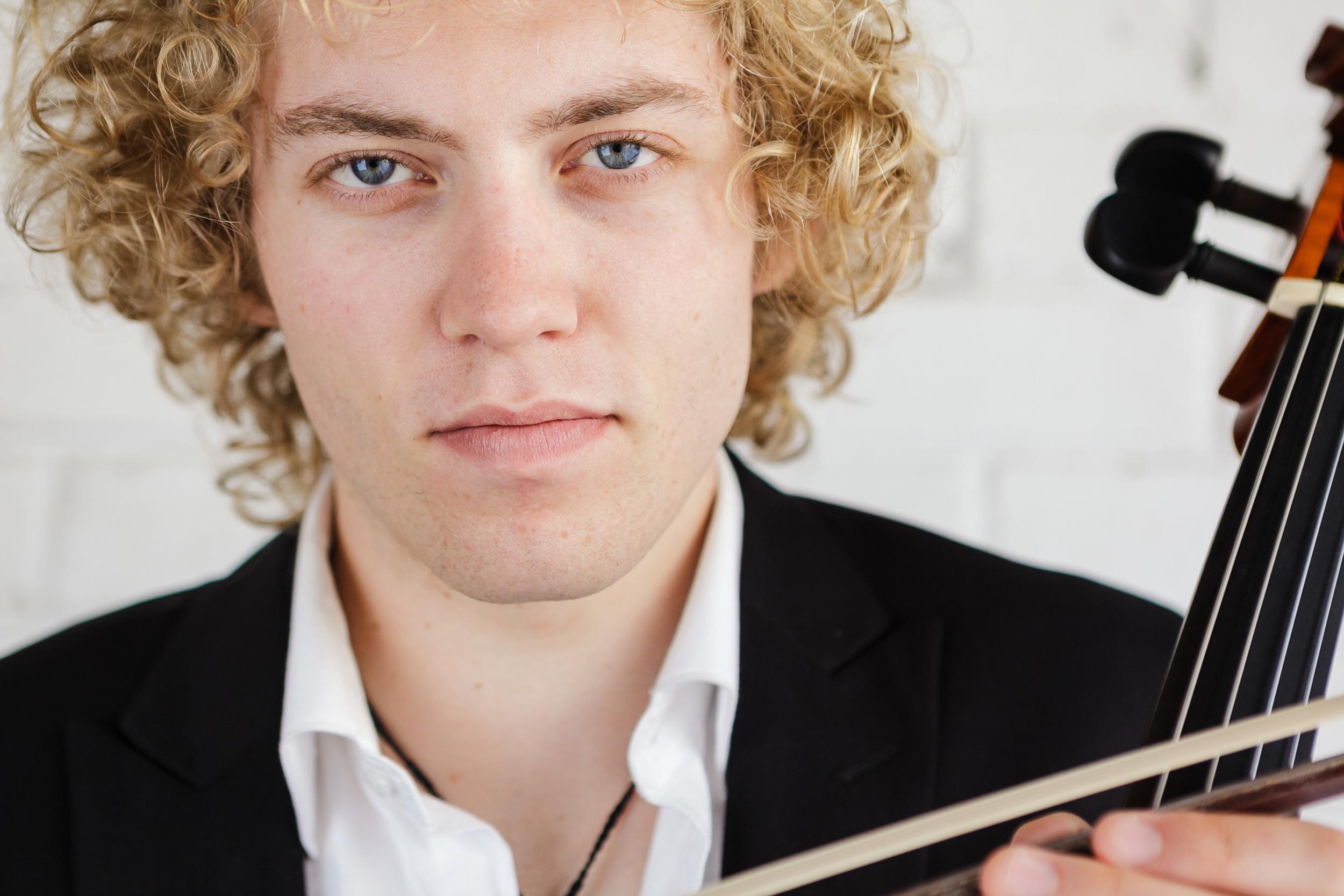 Tim Carpenter  | Cellist, Singer, Conductor  Portrait Portfolio
