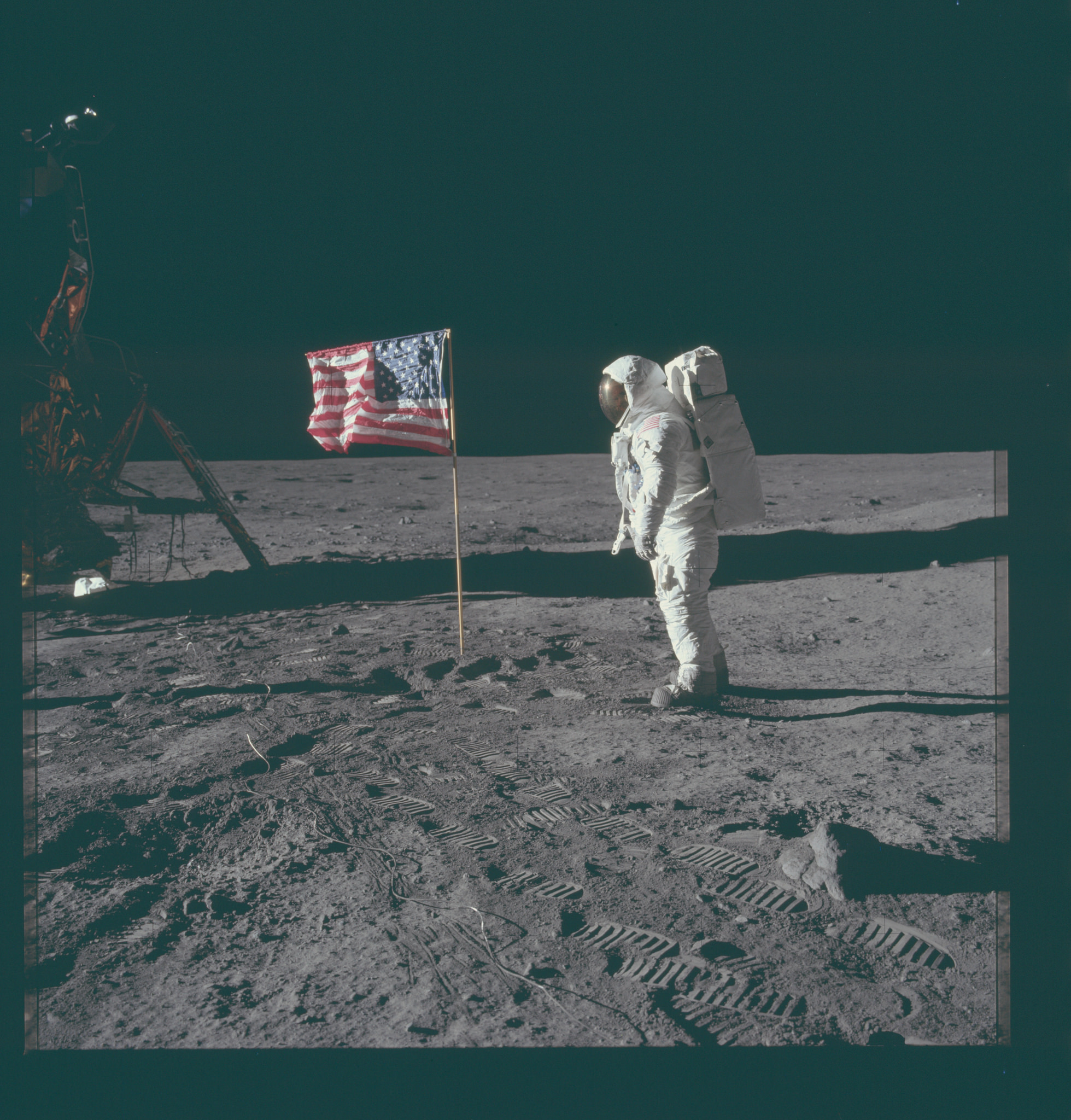Apollo 11 USA FLag.jpg