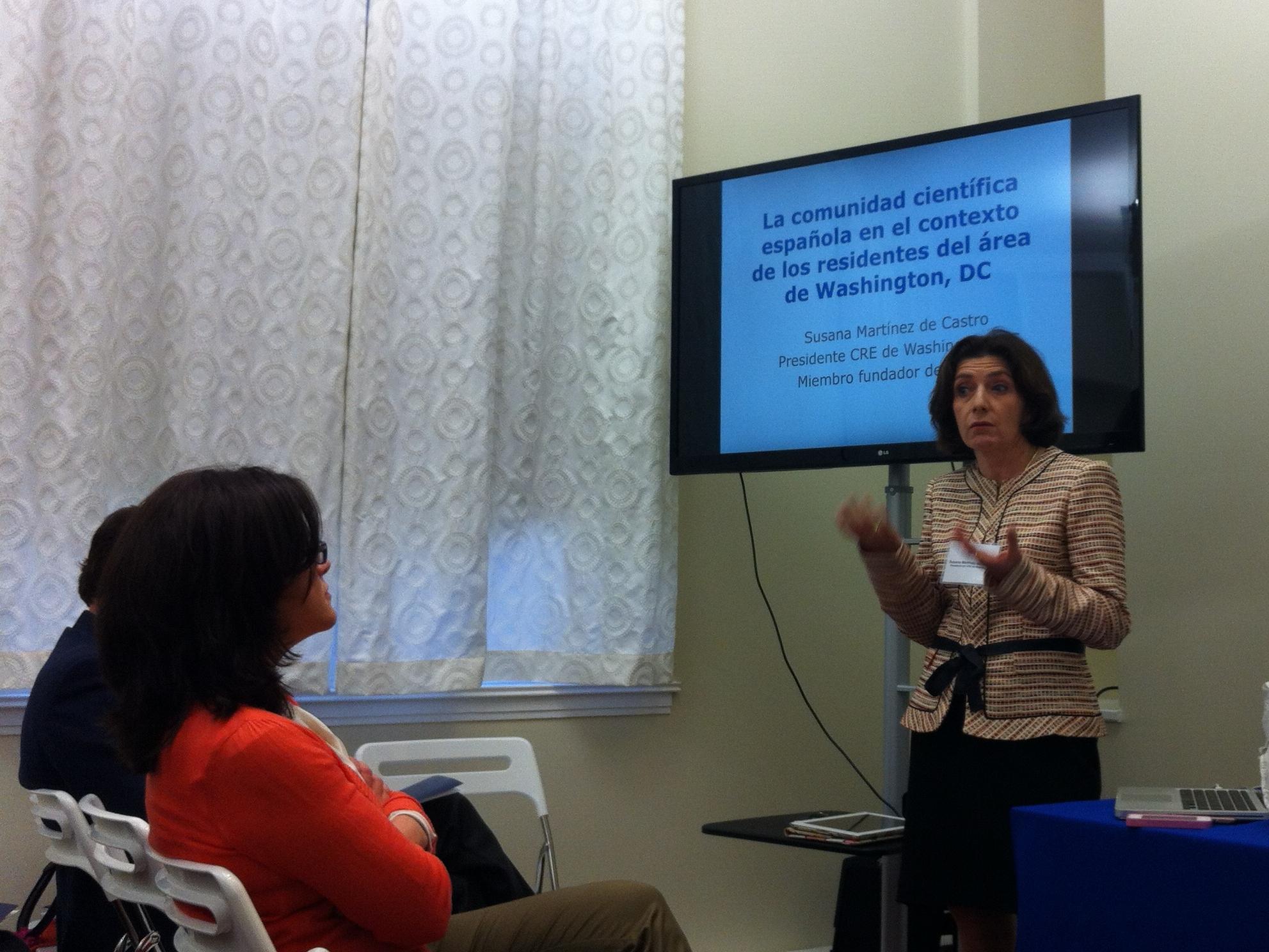 Susana Martínez presentó estadísticas sobre la comunidad española y de científicos en el área de Washington, DC.
