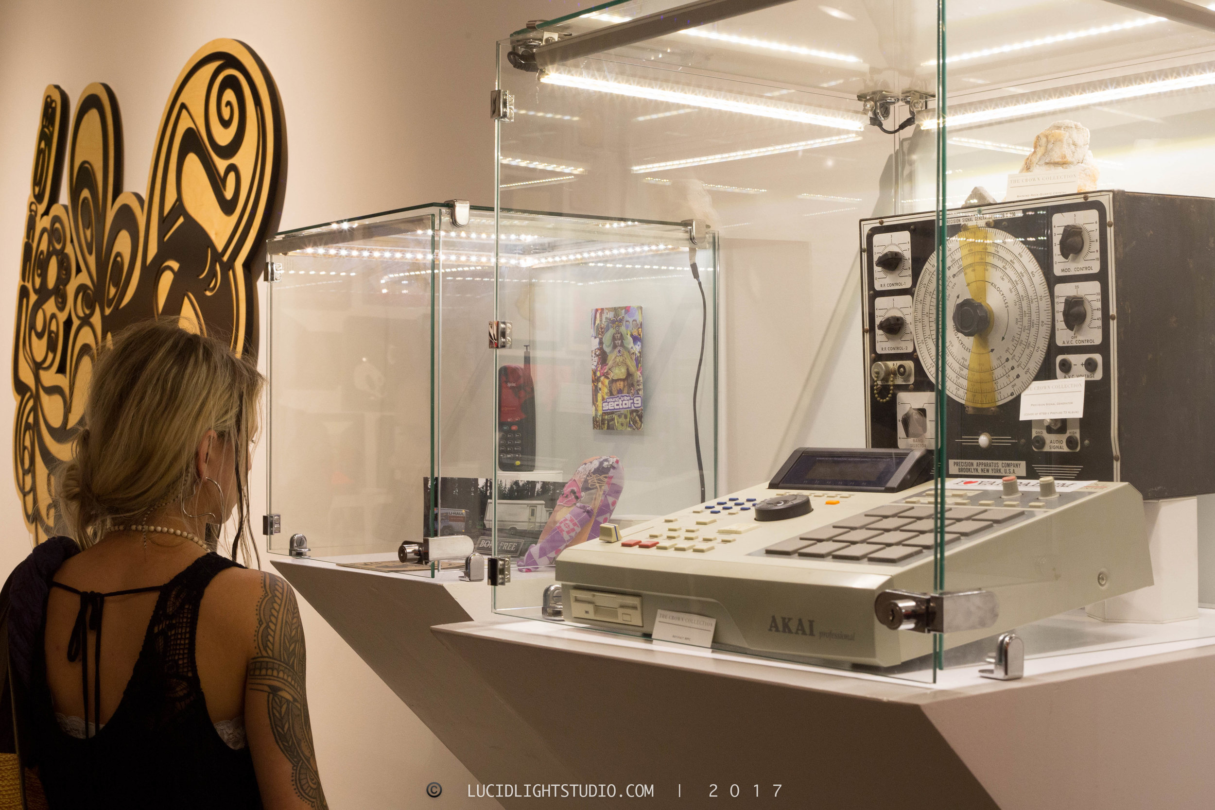 crowncollectionsartifacts-19.jpg