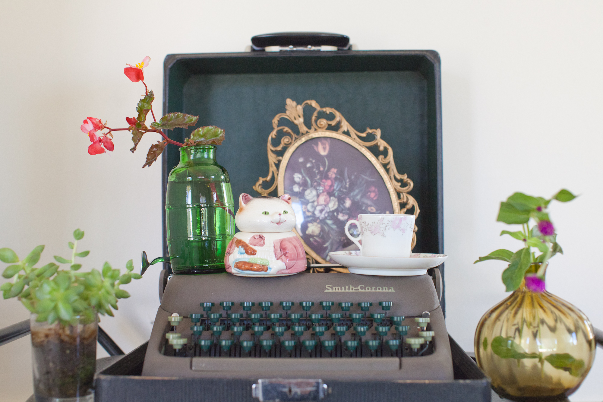 This model was one of the first typewriters to have green keys instead of the standard black! Its a beast!